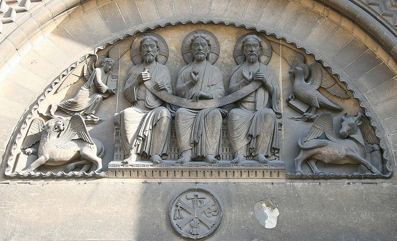 800px-Romanesque_tympanum_-_Abbaye_aux-dames_Sainte-Trinite_Caen_