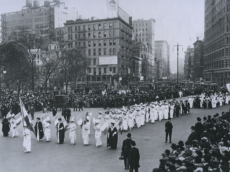 799px-1912_Suffrage_Parade