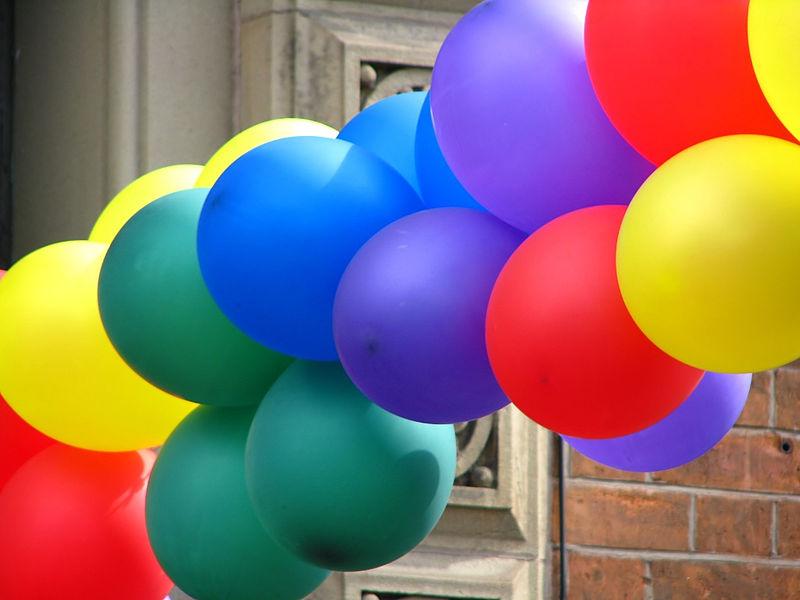 Balloons_(7889858270)