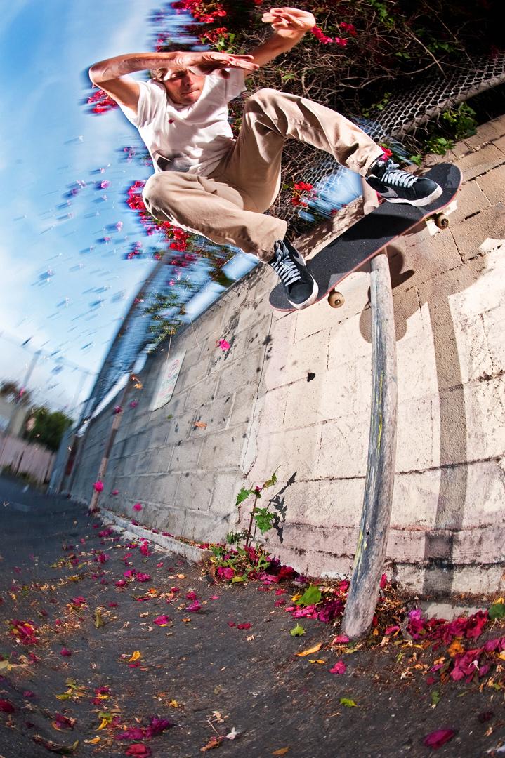 Danny_Fuenzalida_boardslide_wallridebar_KJC9438.jpg