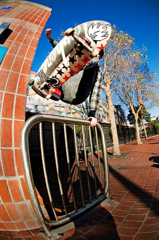 Jason_Adams_ollie_hand_plant_BART_edit1_DSC_9765.jpg