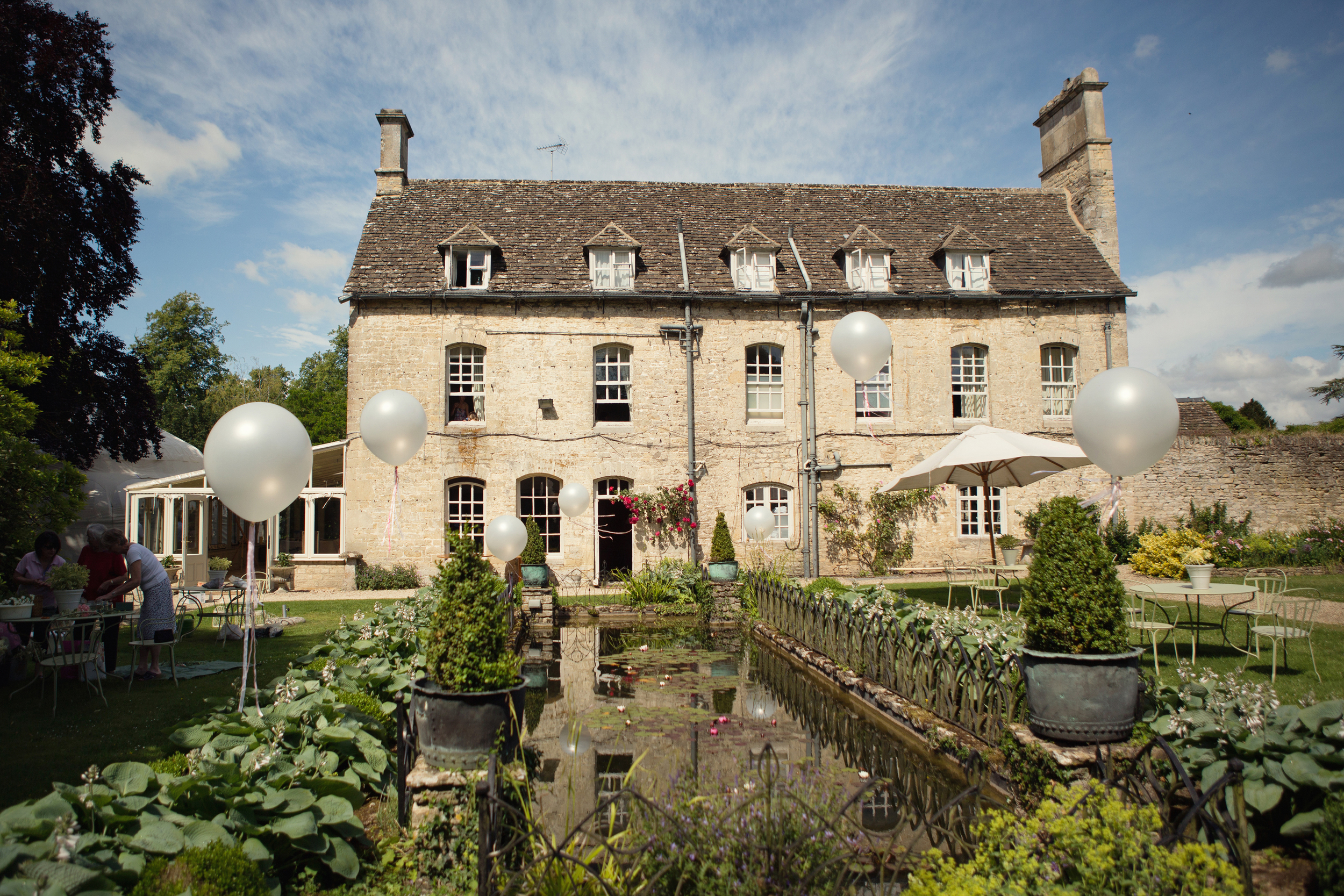 Sophie Evans Photography The Rectory hotel wedding Malmesbury (10).jpg