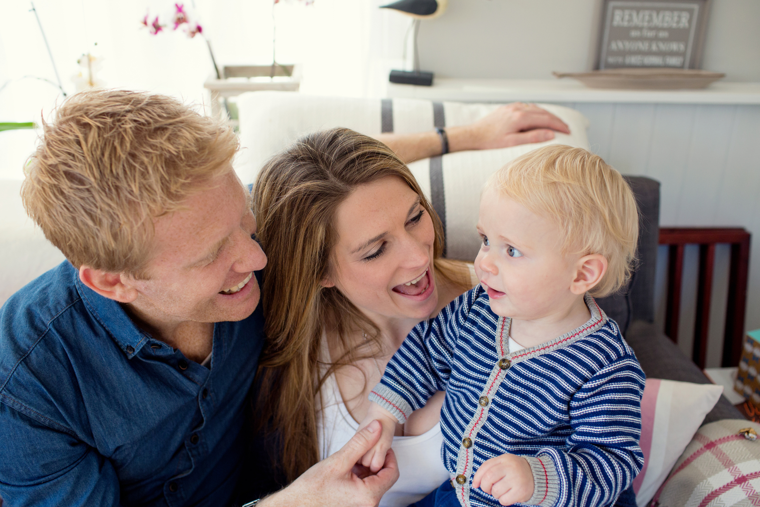 Lisa, Will & Louis_Sophie Evans photograpy, At home family shoot_142.jpg