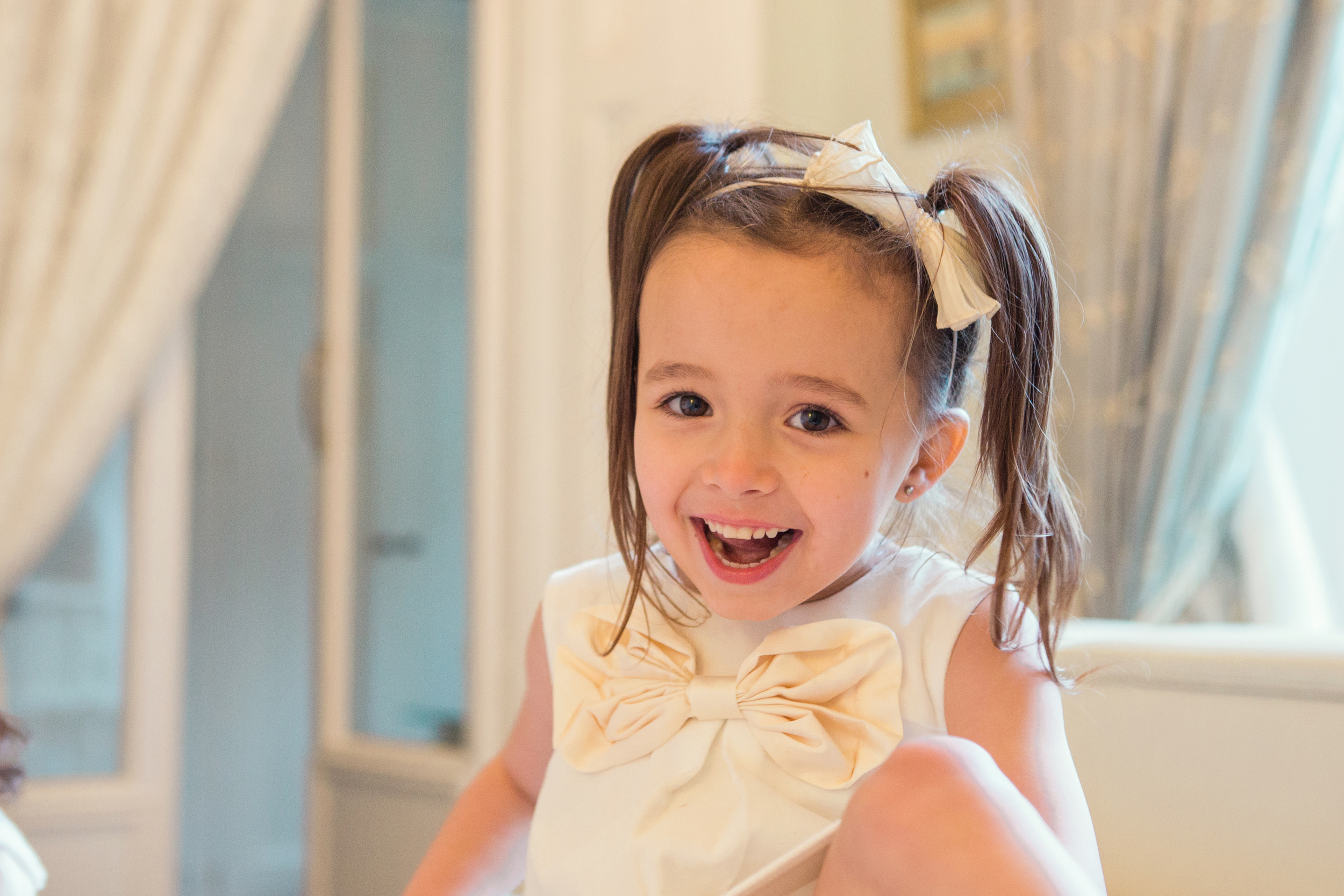 Sophie Evans Photography, At home Family Shoot, Warwickshire, West Midlands, Vicky, Meelia, Amiya & Kiki (2).jpg