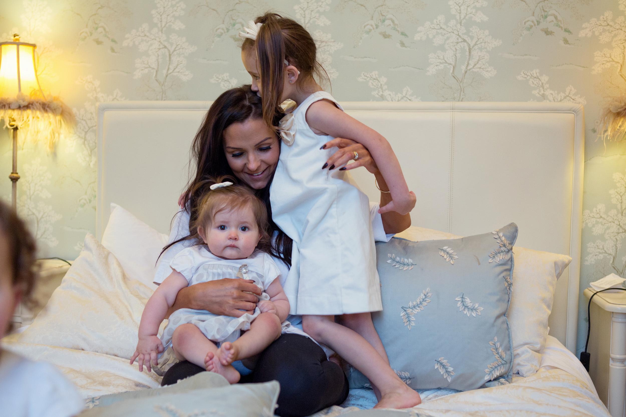 Sophie Evans Photography, At home Family Shoot, Warwickshire, West Midlands, Vicky, Meelia, Amiya & Kiki (11).jpg