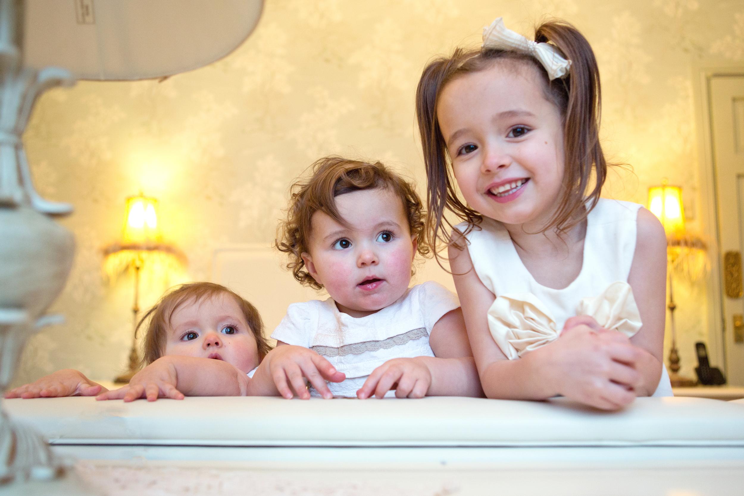 Sophie Evans Photography, At home Family Shoot, Warwickshire, West Midlands, Vicky, Meelia, Amiya & Kiki (12).jpg