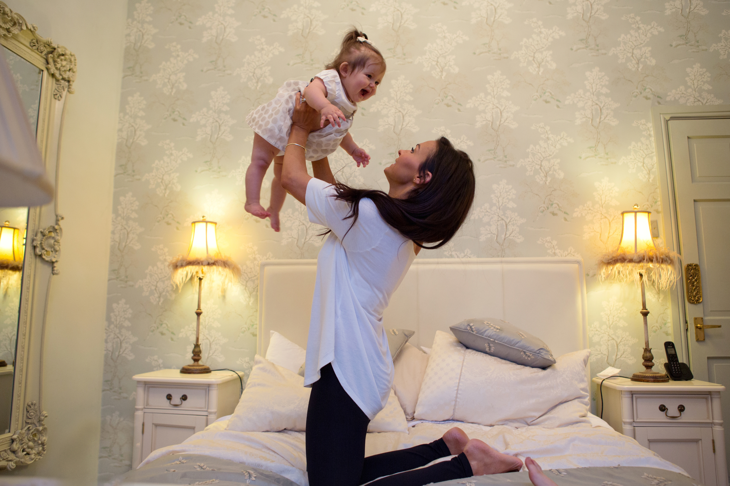 Sophie Evans Photography, At home Family Shoot, Warwickshire, West Midlands, Vicky, Meelia, Amiya & Kiki (15).jpg