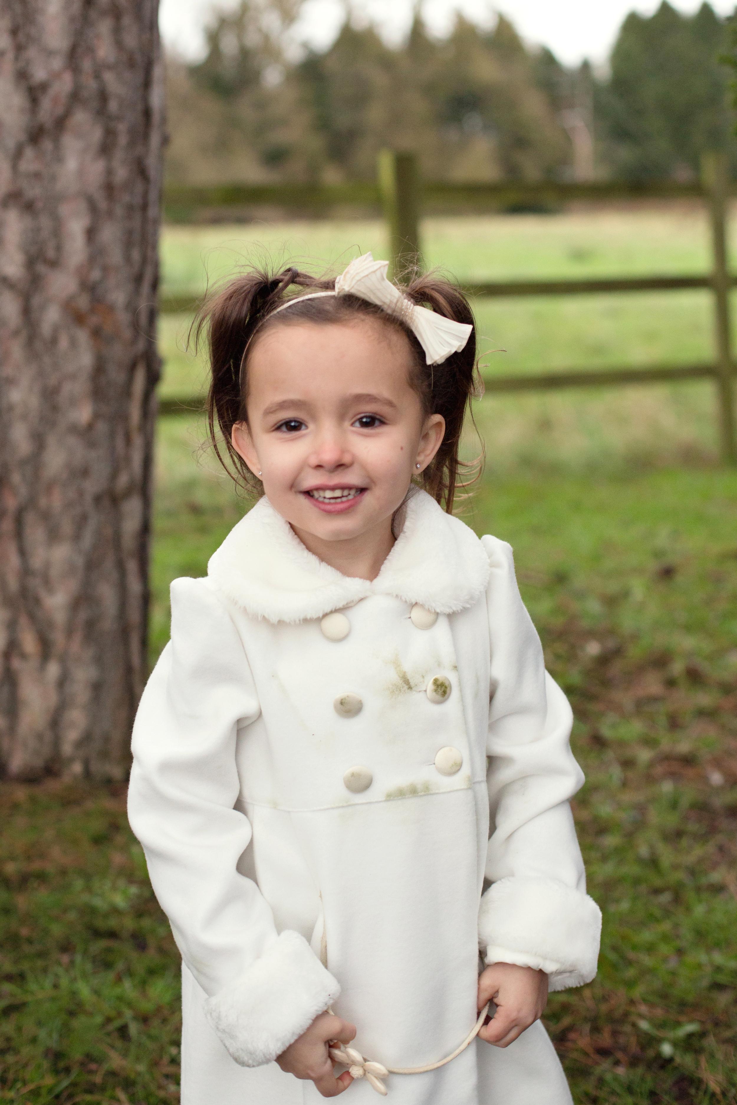 Sophie Evans Photography, At home Family Shoot, Warwickshire, West Midlands, Vicky, Meelia, Amiya & Kiki (22).jpg