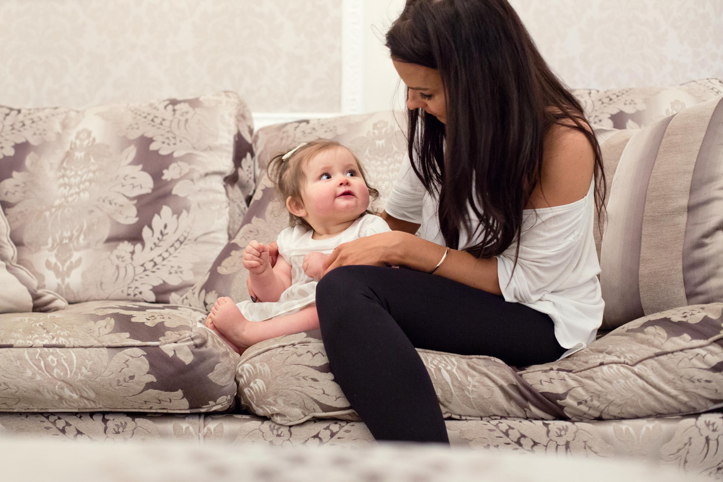 Sophie Evans Photography, At home Family Shoot, Warwickshire, West Midlands, Vicky, Meelia, Amiya & Kiki (23).jpg