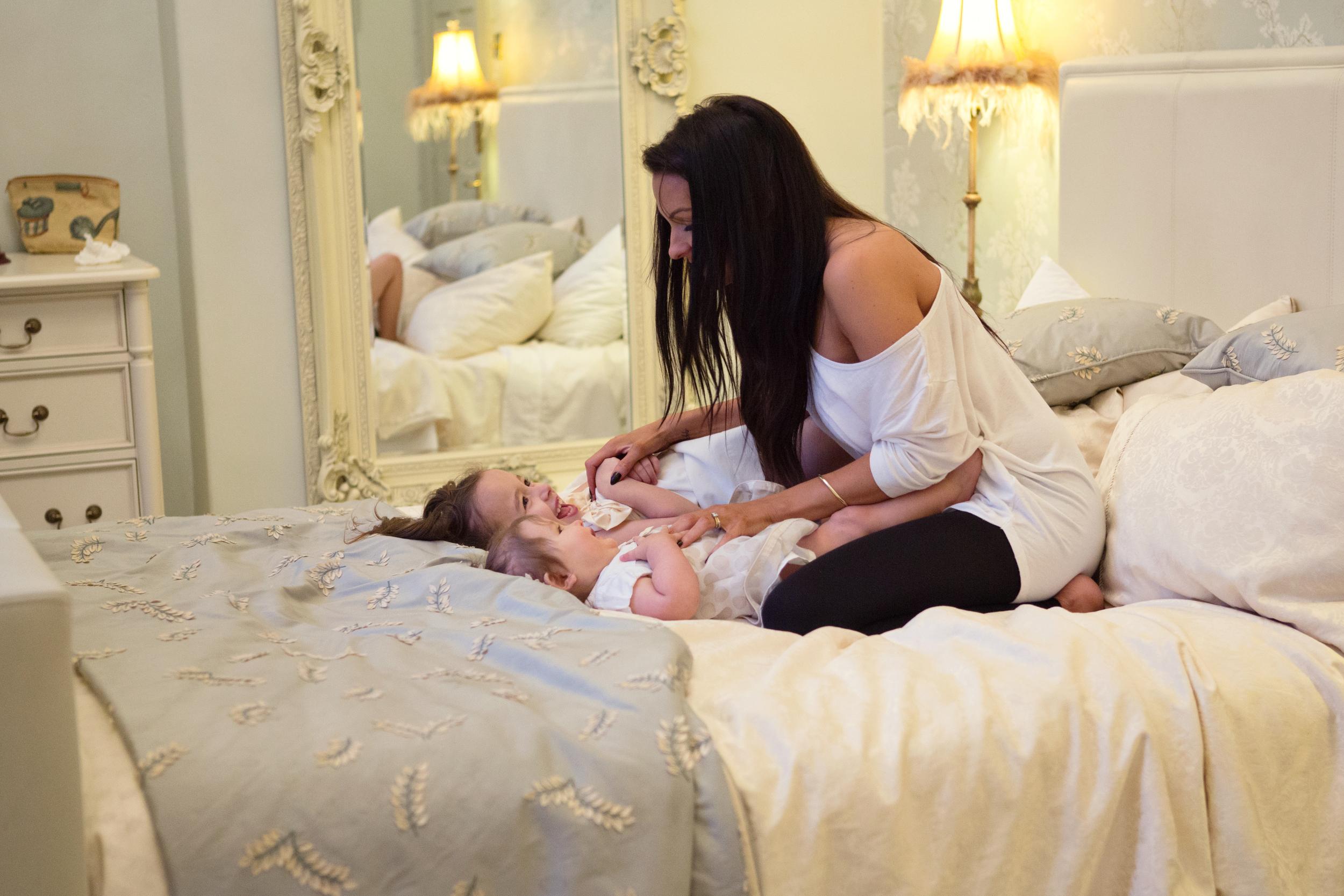 Sophie Evans Photography, At home Family Shoot, Warwickshire, West Midlands, Vicky, Meelia, Amiya & Kiki (27).jpg
