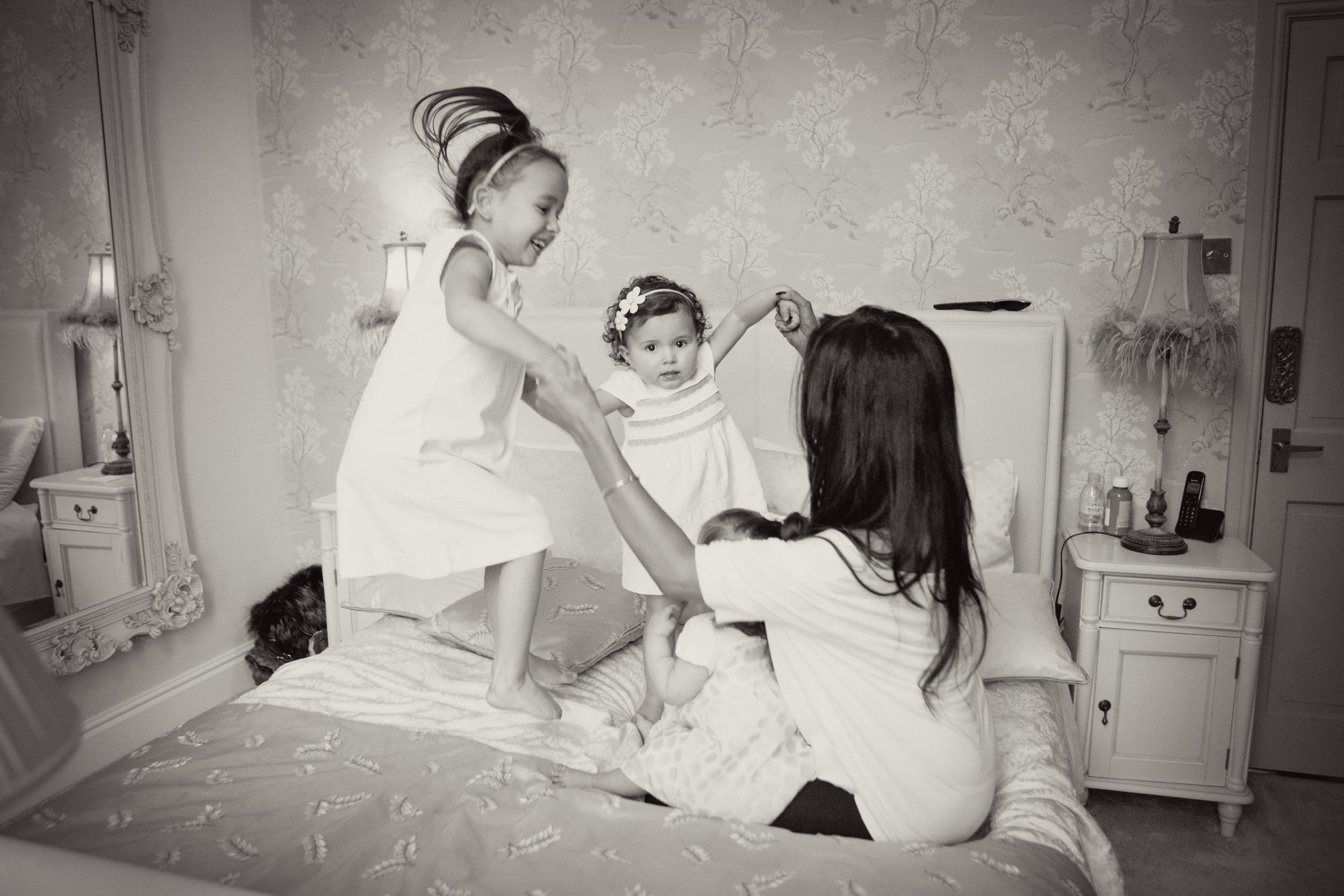 Sophie Evans Photography, At home Family Shoot, Warwickshire, West Midlands, Vicky, Meelia, Amiya & Kiki.jpg