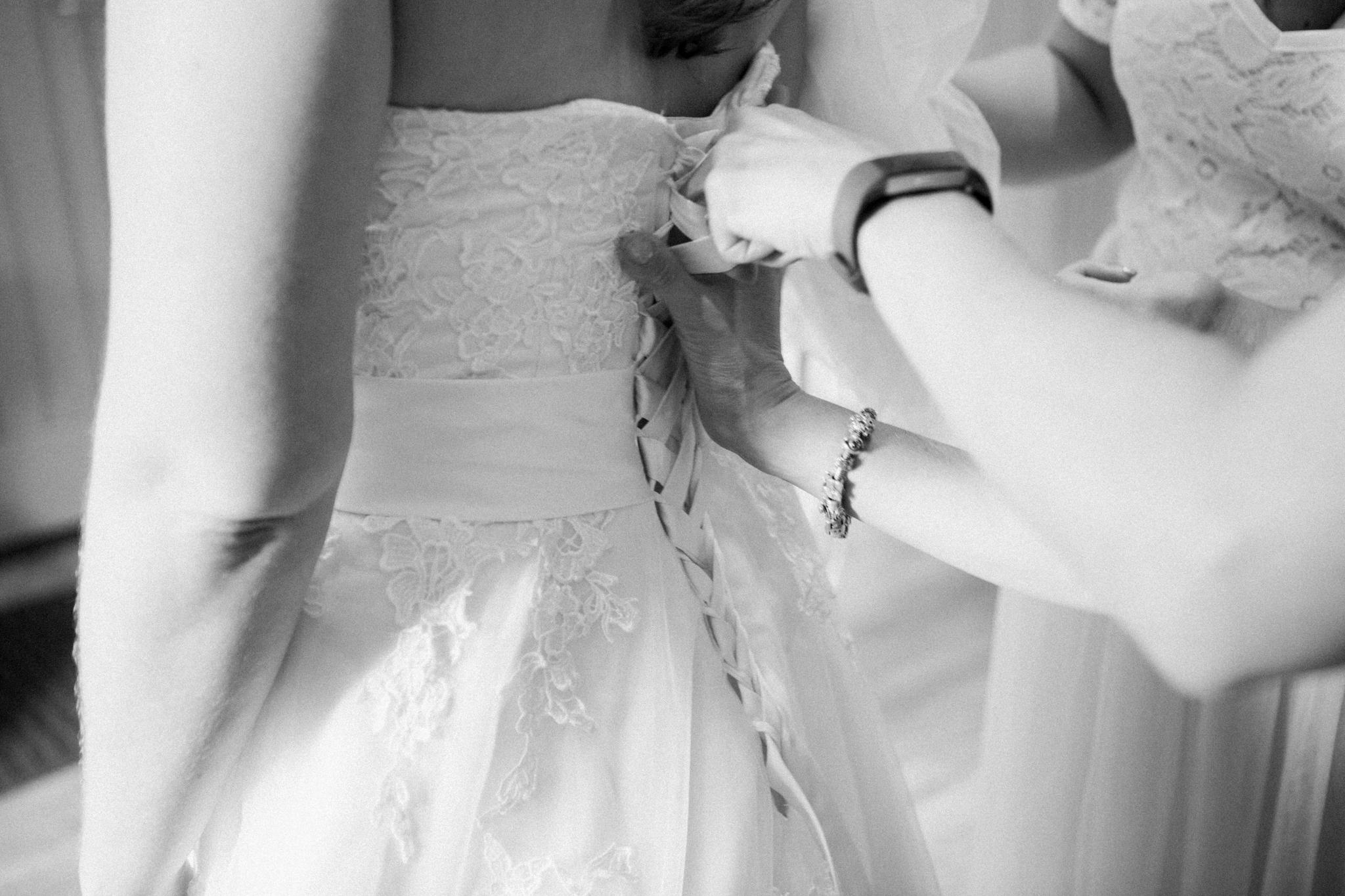 Rowsie & Lee, Swallows Nest Barn Wedding, Cotswold wedding photographer, Warwickshire Wedding Photographer-37.jpg