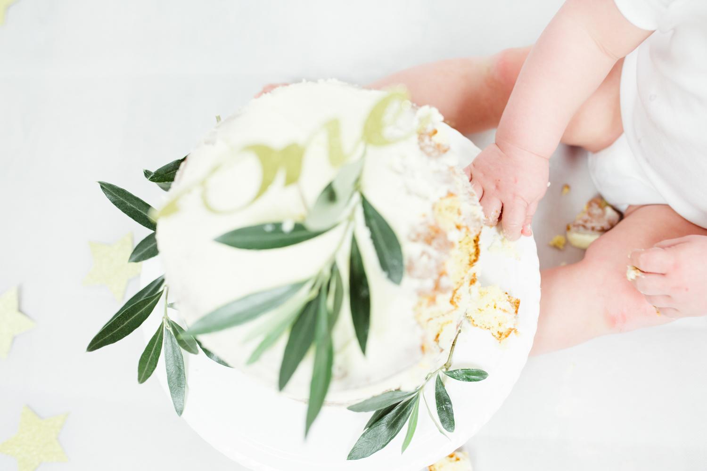 Sophie Evans photography, modern cake smash, warwickshire cake smash-14.jpg