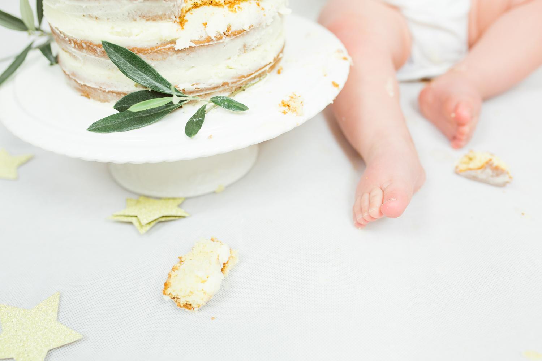Sophie Evans photography, modern cake smash, warwickshire cake smash-17.jpg