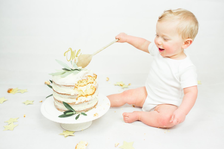 Sophie Evans photography, modern cake smash, warwickshire cake smash-20.jpg