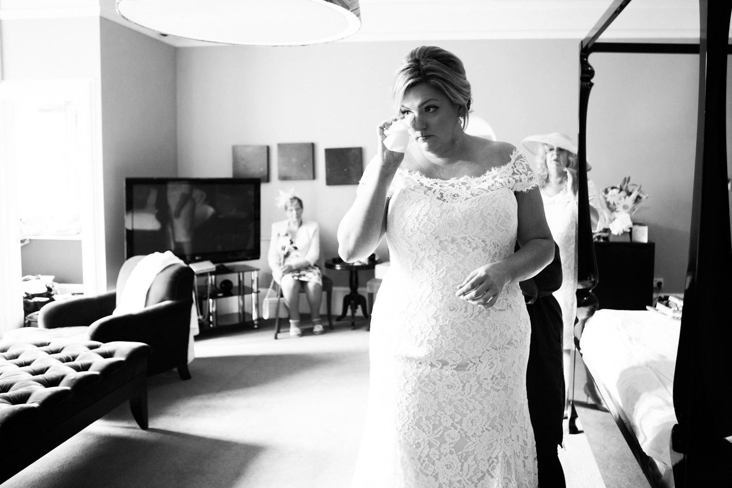 Sophie Evans Photography -  Hampton Manor Wedding - Warwickshire Wedding Photographer-23.jpg