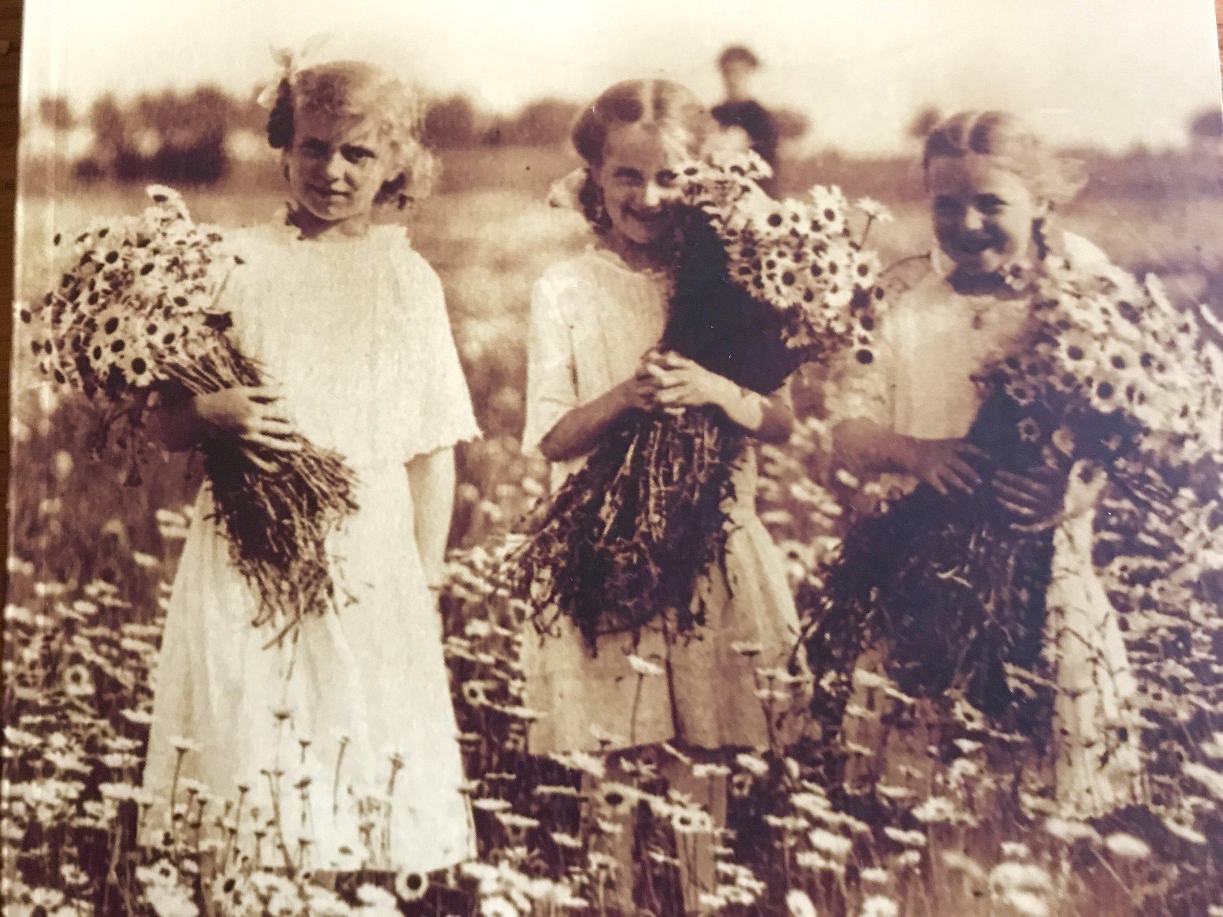 Photo courtesy of Darien Historical Society  Meet Clara, Irene and Vera Andermann