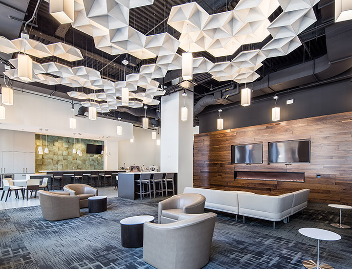 Common Area Lounge for 222 S. Riverside Plaza