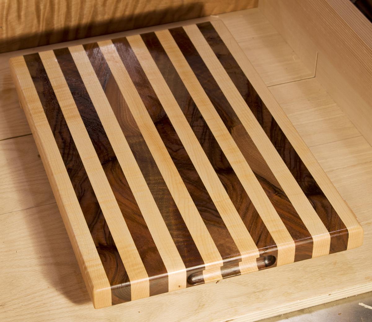 cuttingboard-A.jpg