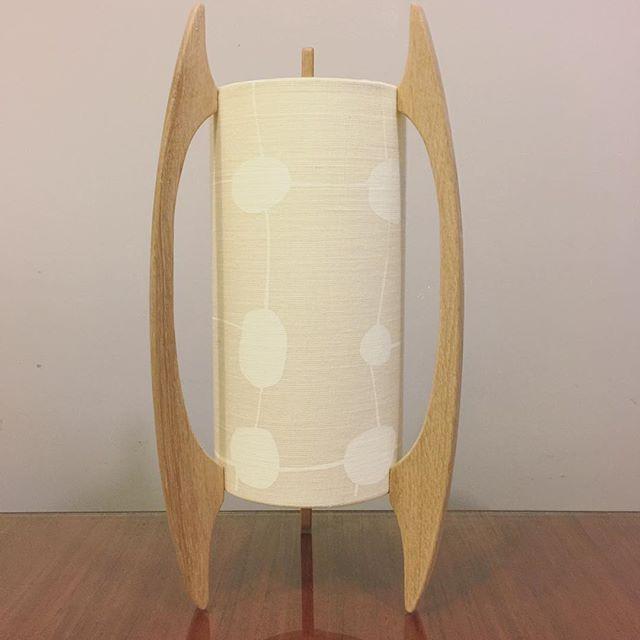 G&GD 'Rocket' lamp shown with American Oak timber blades and @clothfabric custom shade. This is our smaller table lamp version ⚪️◻️⚪️◻️ . . #lampshades #lampshade #customlampshades #lighting #decor #homedecor #design #interiordesign #textiles #handmade #australianmade #custom #linen #americanoak #rocketlamp #midcenturymodern #clothfabric #whiteonewhitefabric #whiteinterior #redfern #grahamandgraham