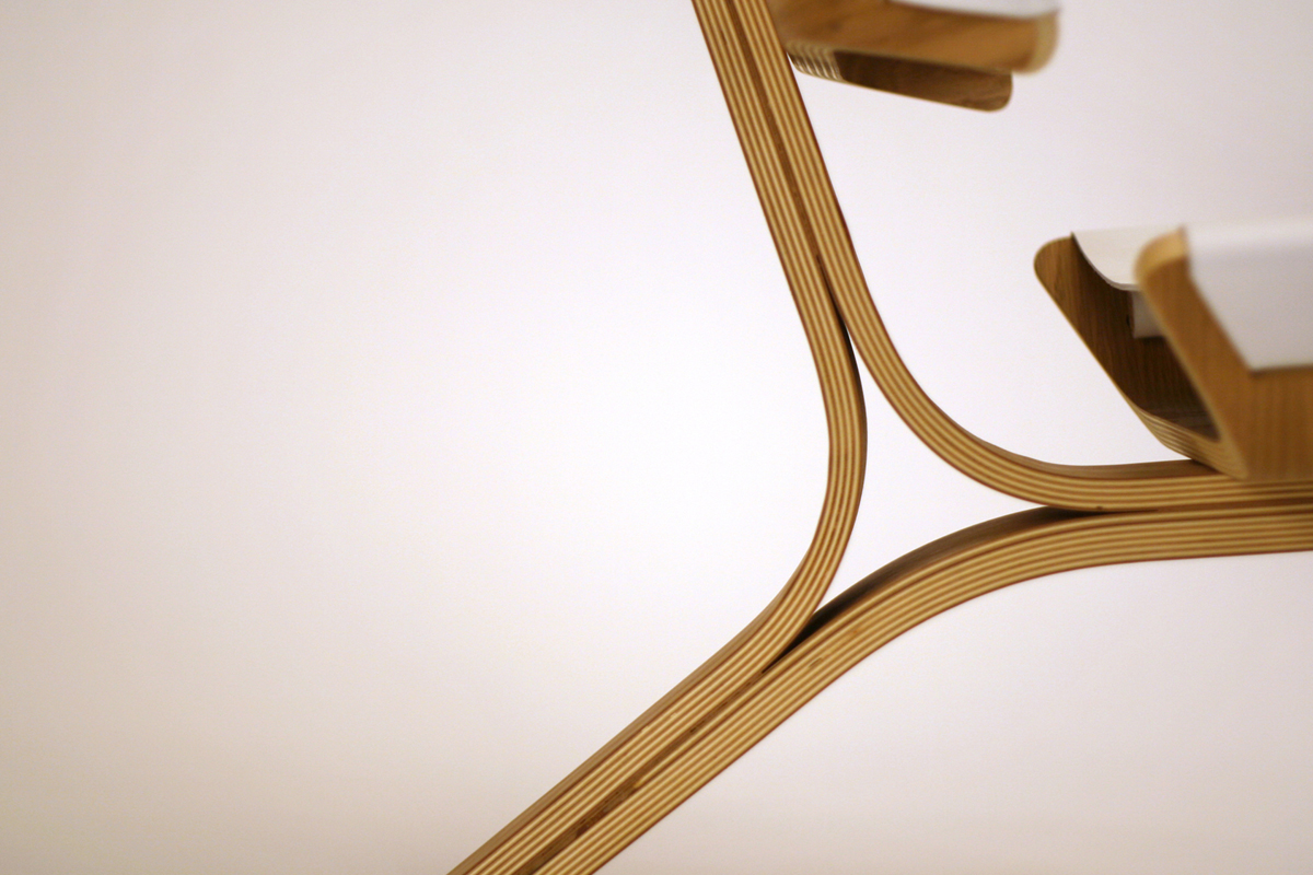 Kurven_Chair_0000_THUMBNAIL.jpg