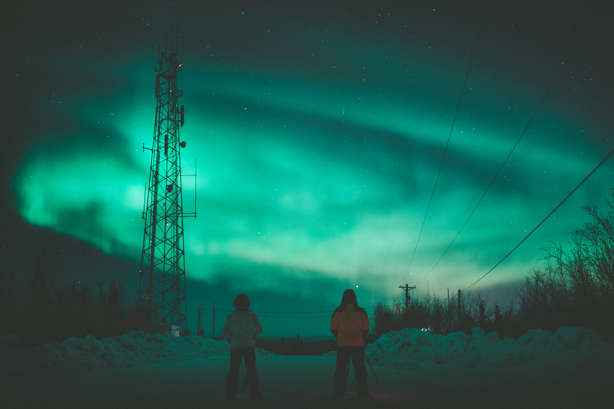 02.07.2016 // drove 7 hours from anchorage, alaska on a whim chasing the aurora and it was totally worth it. definitely changed my life.