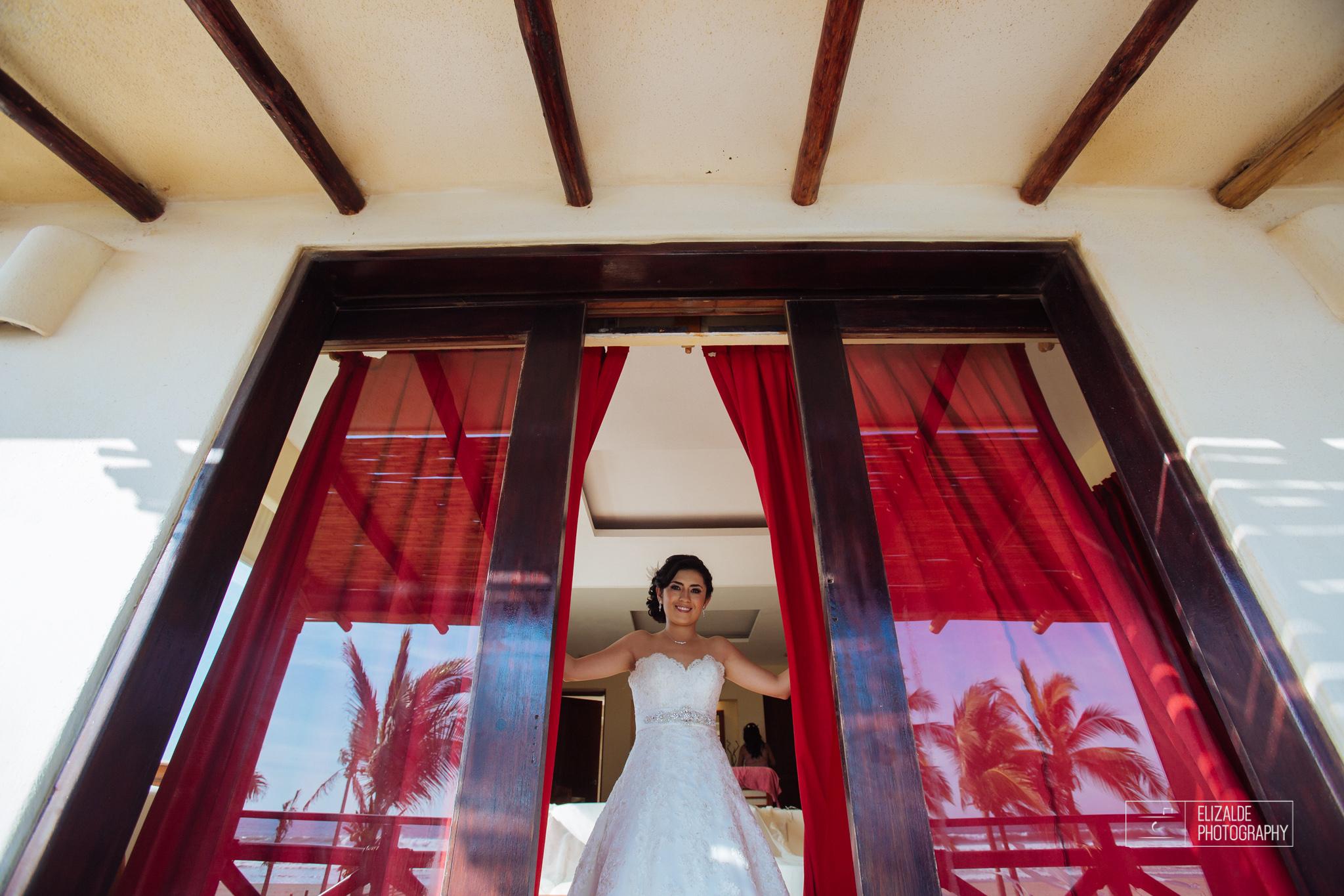 Pay and Ferran_Acapulco_Destination Wedding_Elizalde Photography-47.jpg