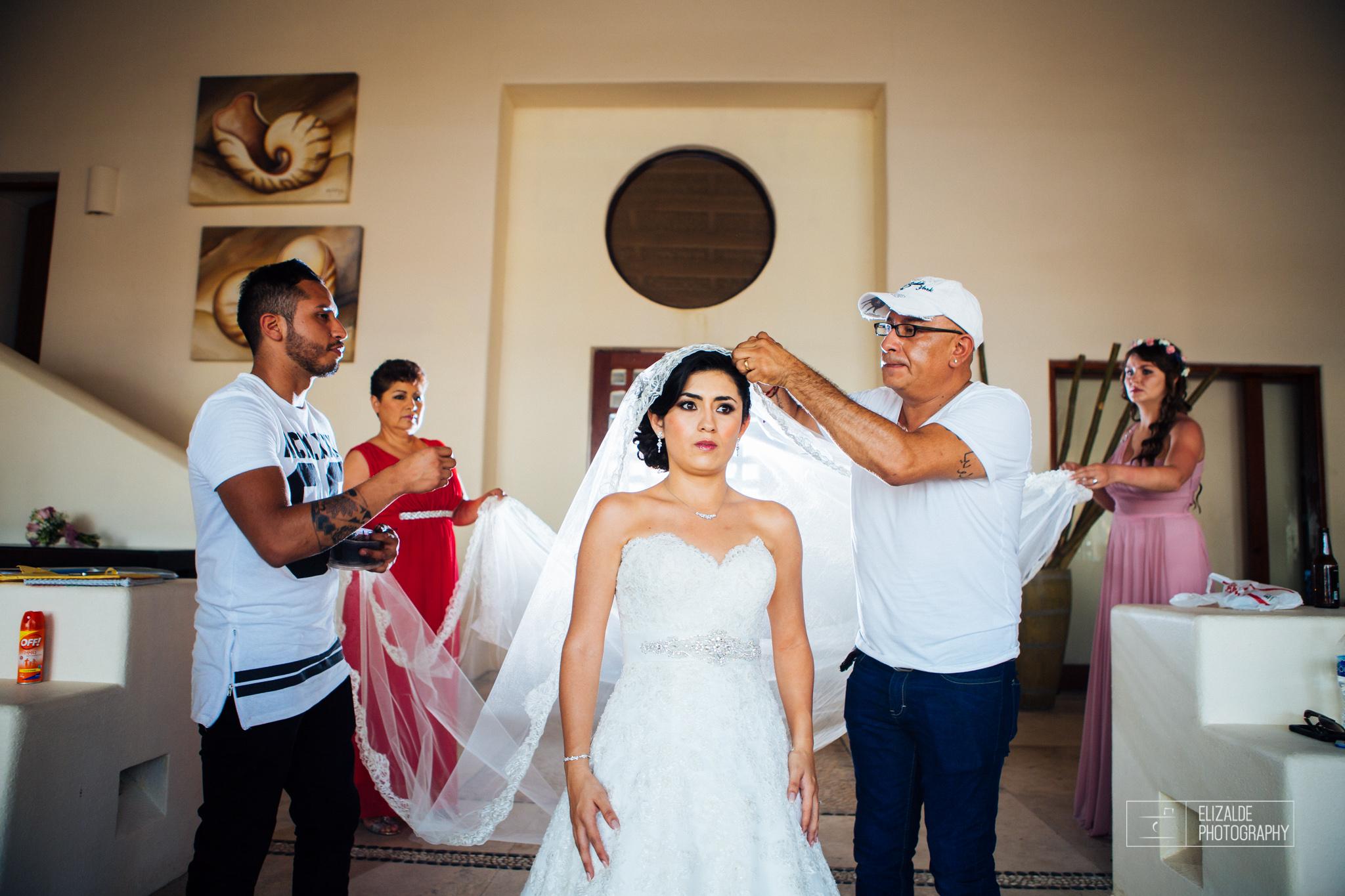 Pay and Ferran_Acapulco_Destination Wedding_Elizalde Photography-69.jpg