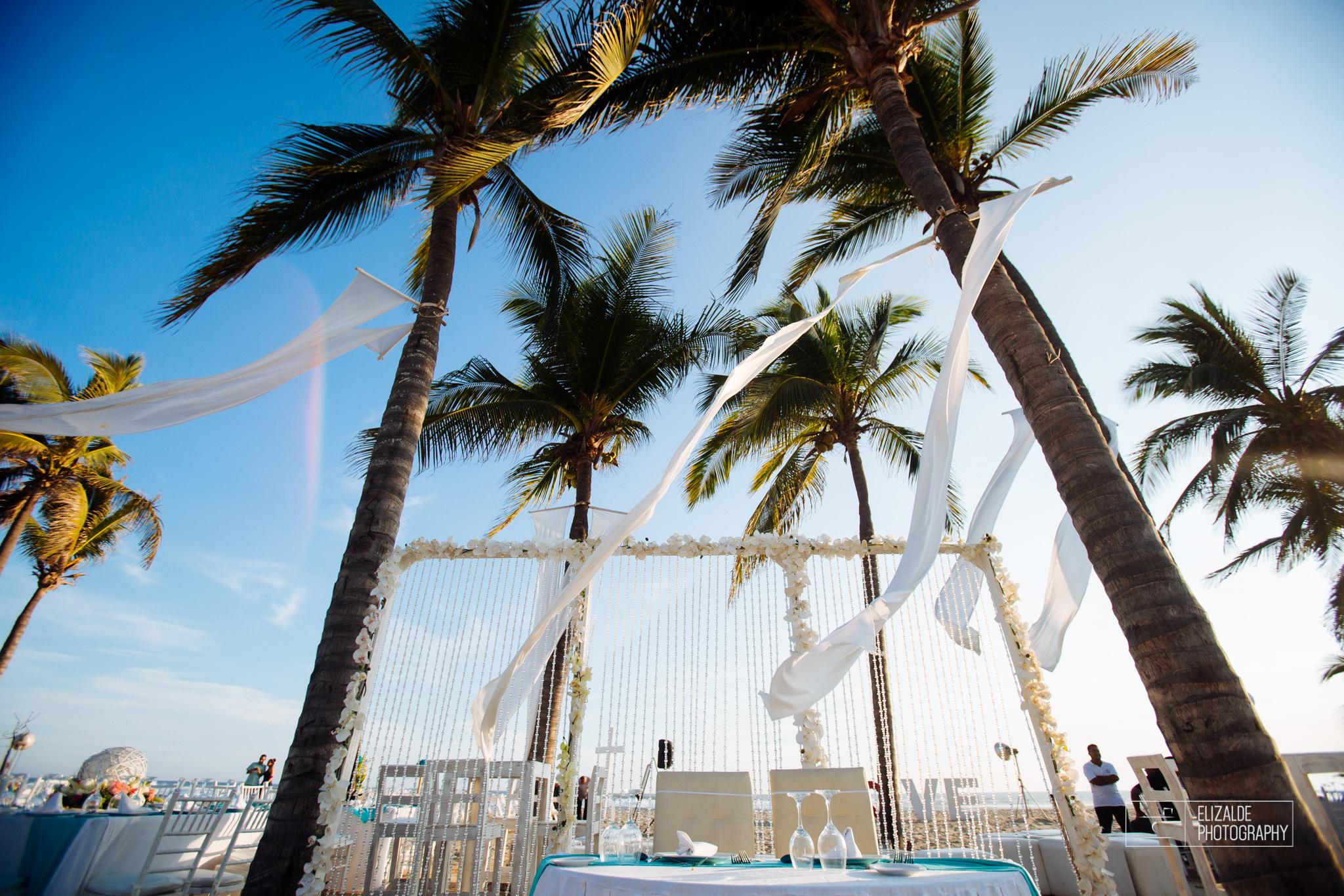 Pay and Ferran_Acapulco_Destination Wedding_Elizalde Photography-70.jpg