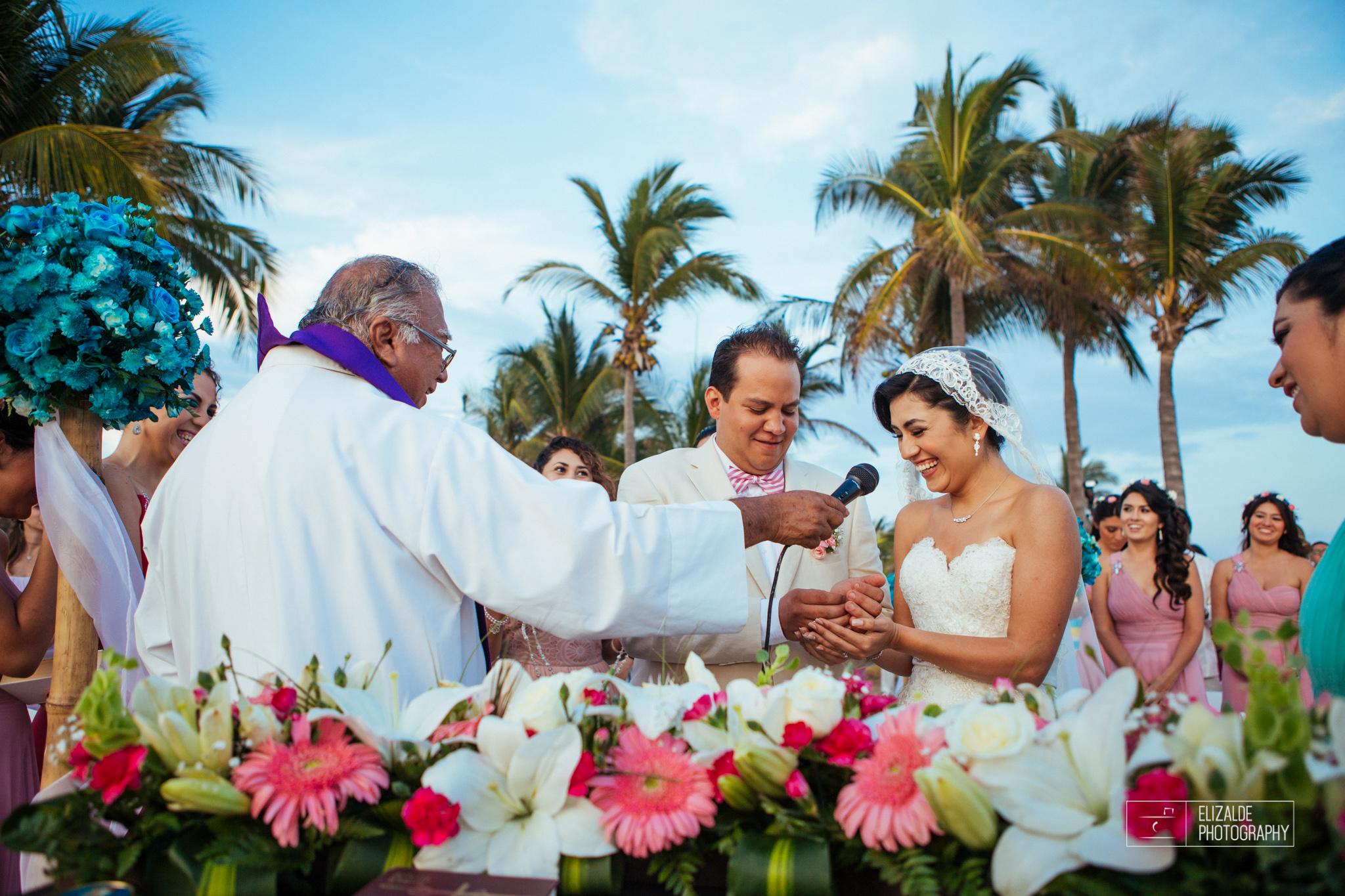 Pay and Ferran_Acapulco_Destination Wedding_Elizalde Photography-98.jpg
