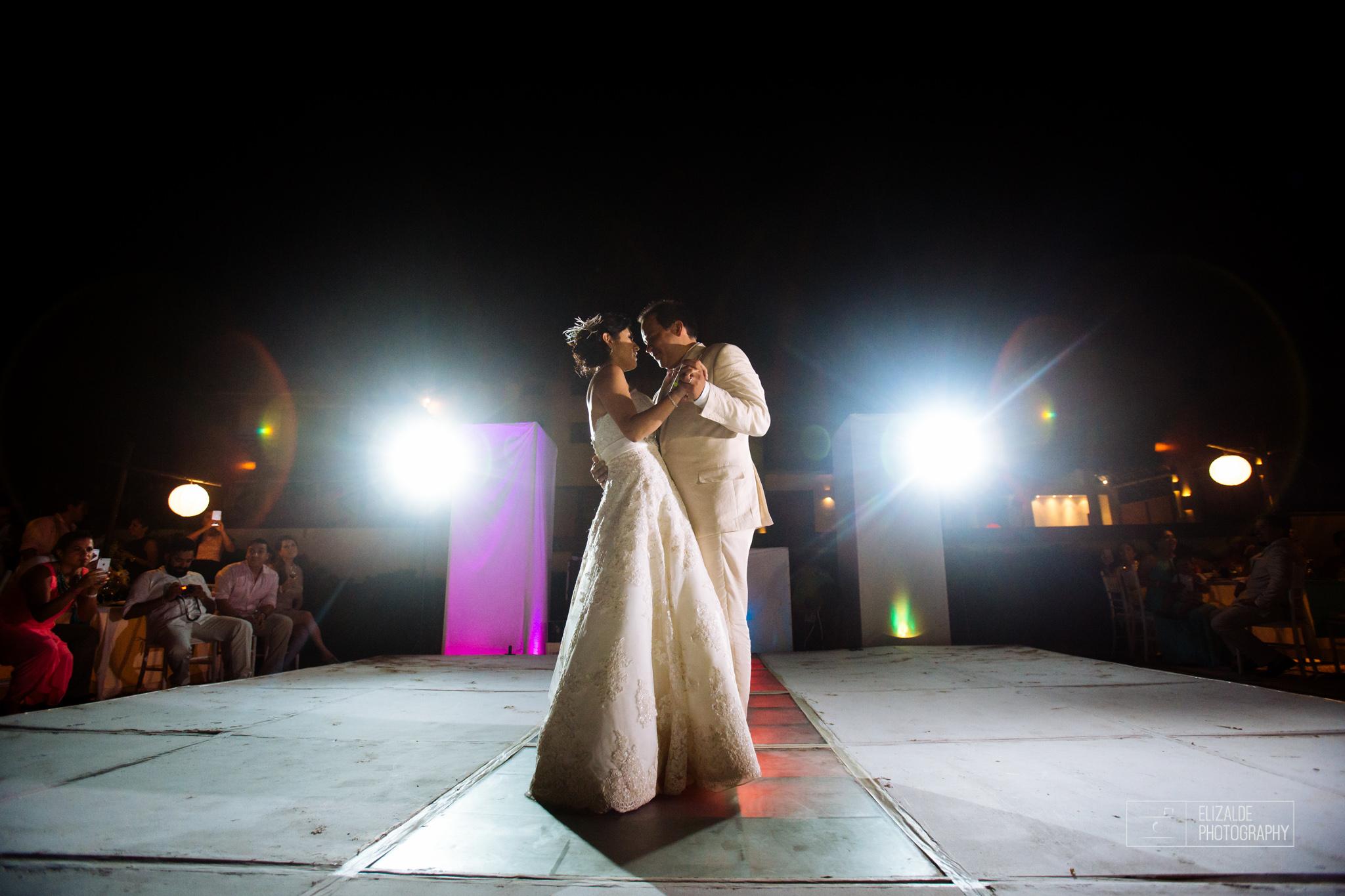 Pay and Ferran_Acapulco_Destination Wedding_Elizalde Photography-111.jpg