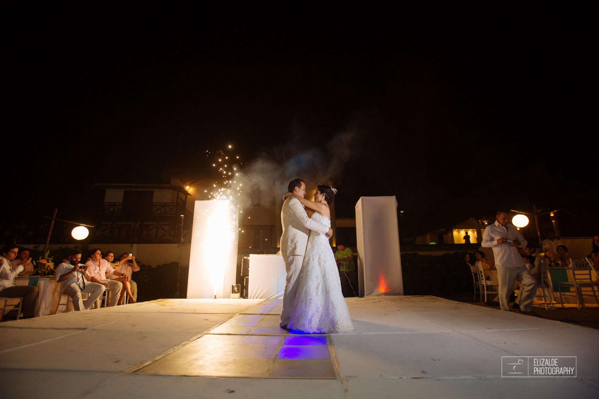 Pay and Ferran_Acapulco_Destination Wedding_Elizalde Photography-112.jpg