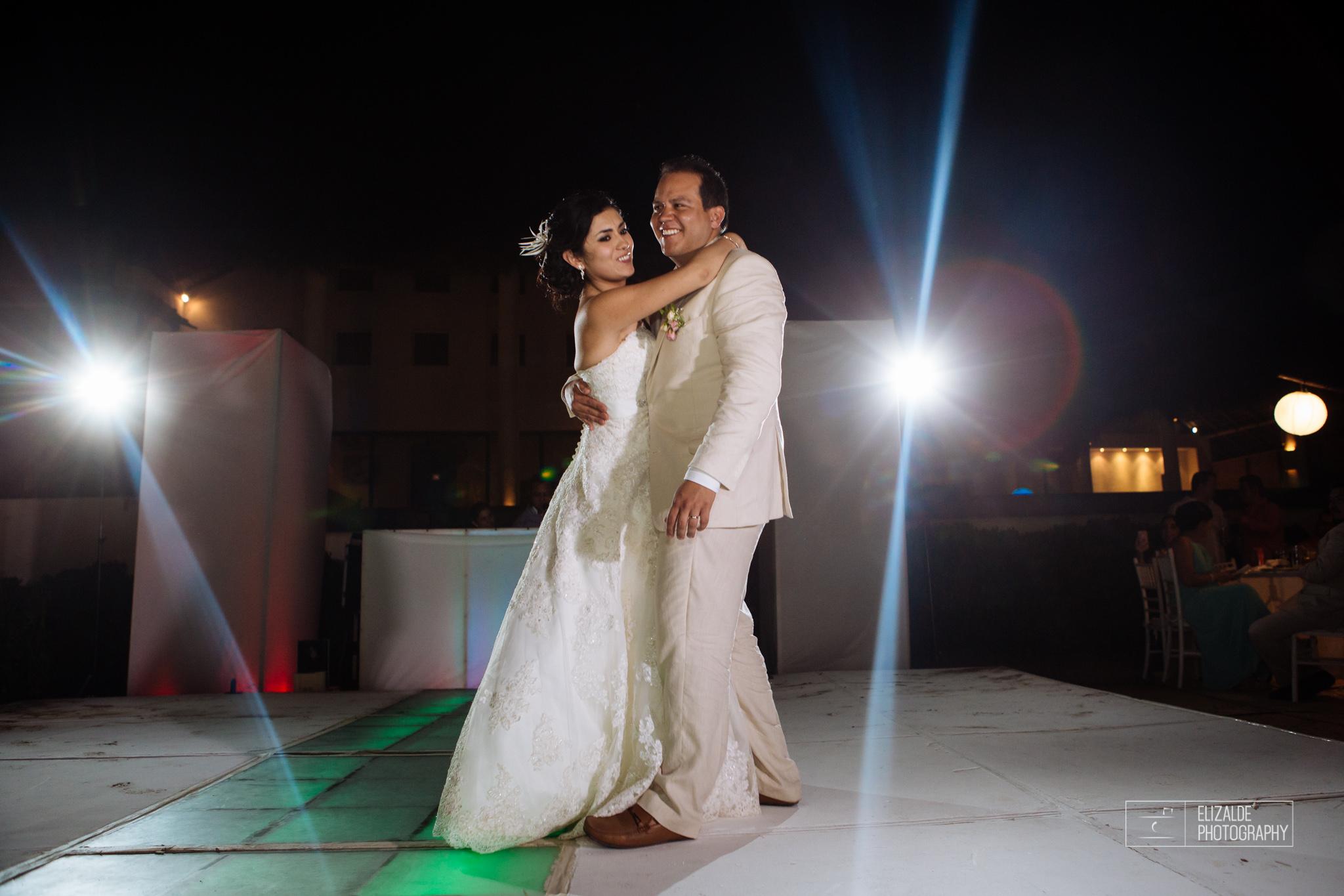 Pay and Ferran_Acapulco_Destination Wedding_Elizalde Photography-115.jpg