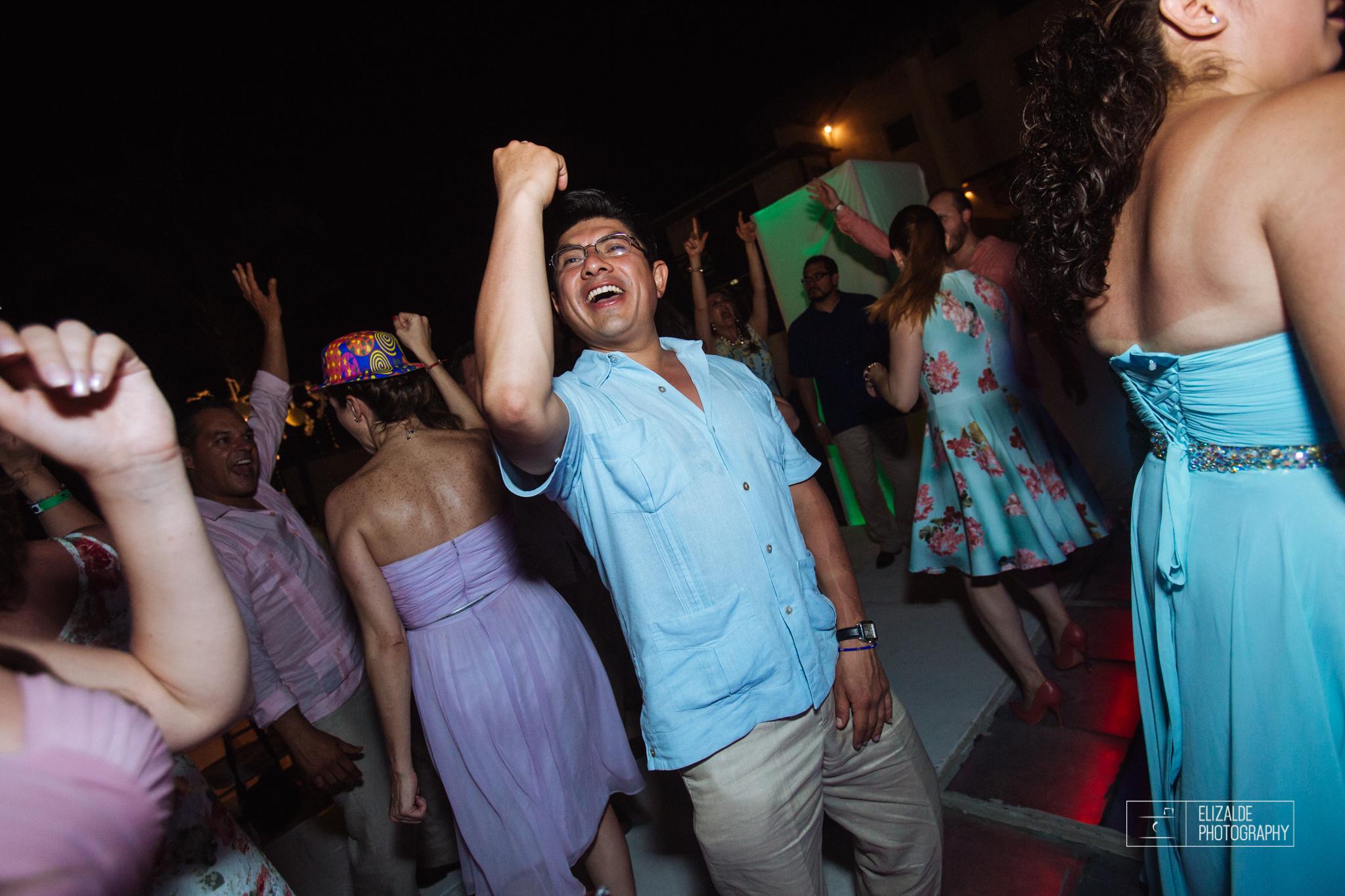 Pay and Ferran_Acapulco_Destination Wedding_Elizalde Photography-130.jpg