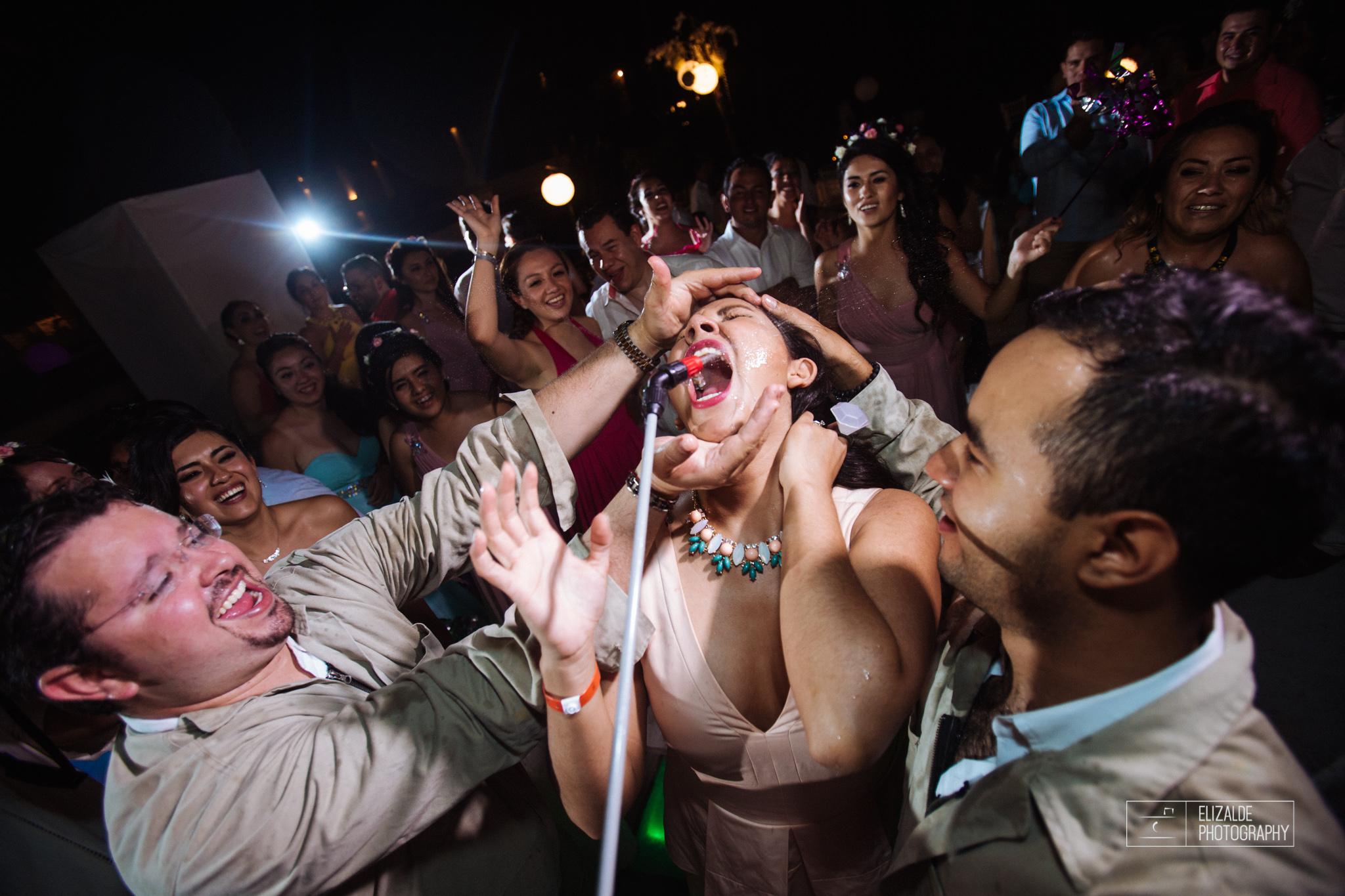 Pay and Ferran_Acapulco_Destination Wedding_Elizalde Photography-140.jpg