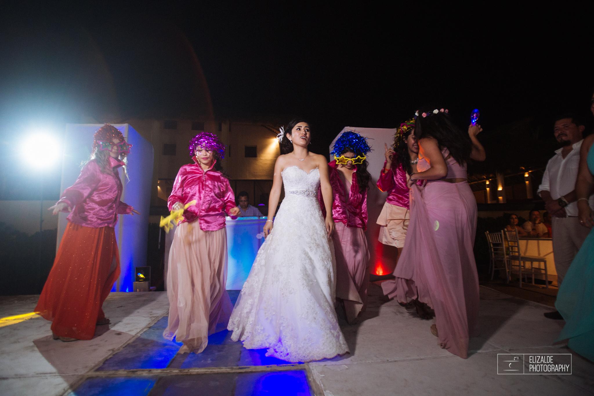Pay and Ferran_Acapulco_Destination Wedding_Elizalde Photography-142.jpg