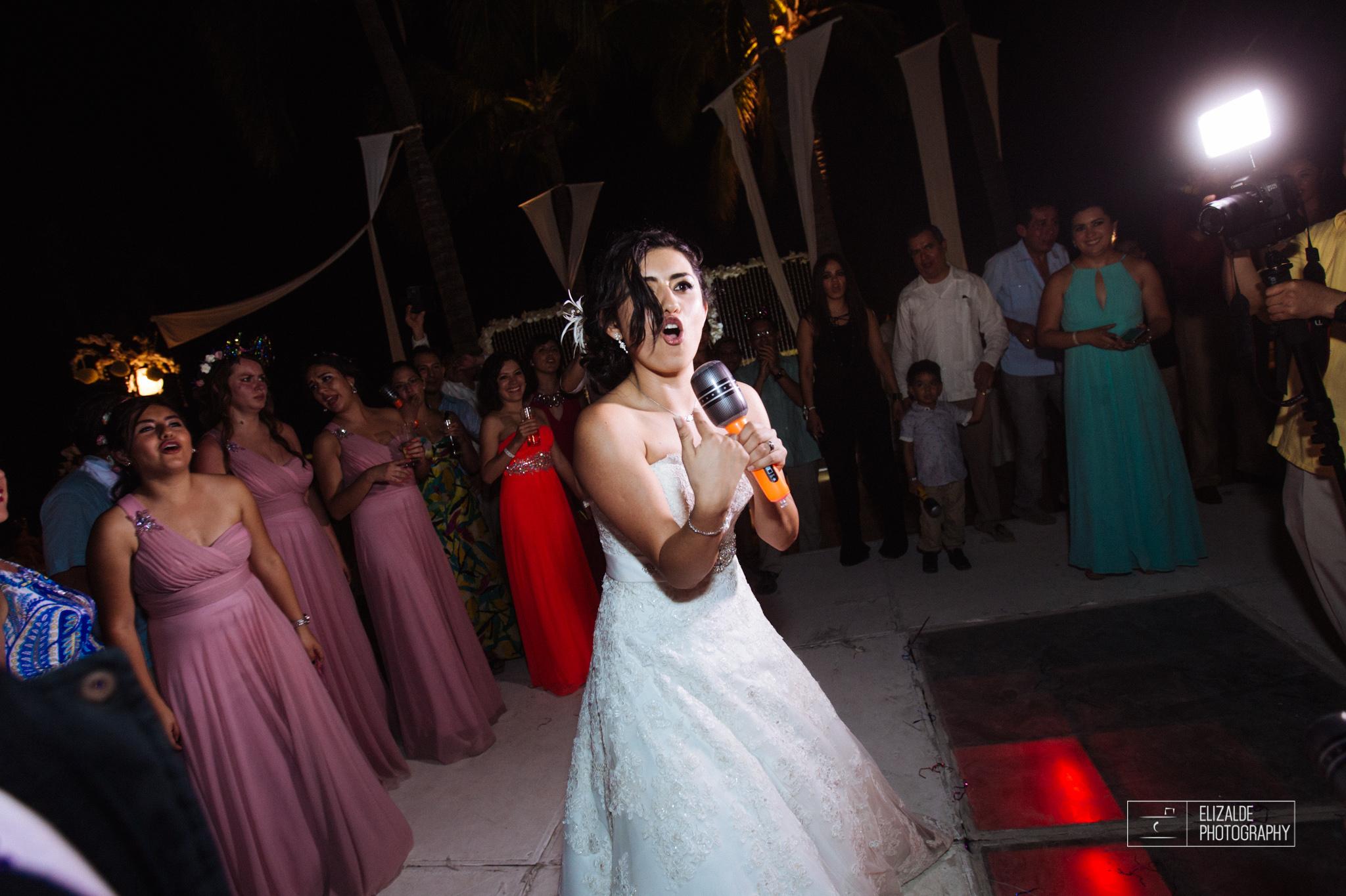 Pay and Ferran_Acapulco_Destination Wedding_Elizalde Photography-157.jpg