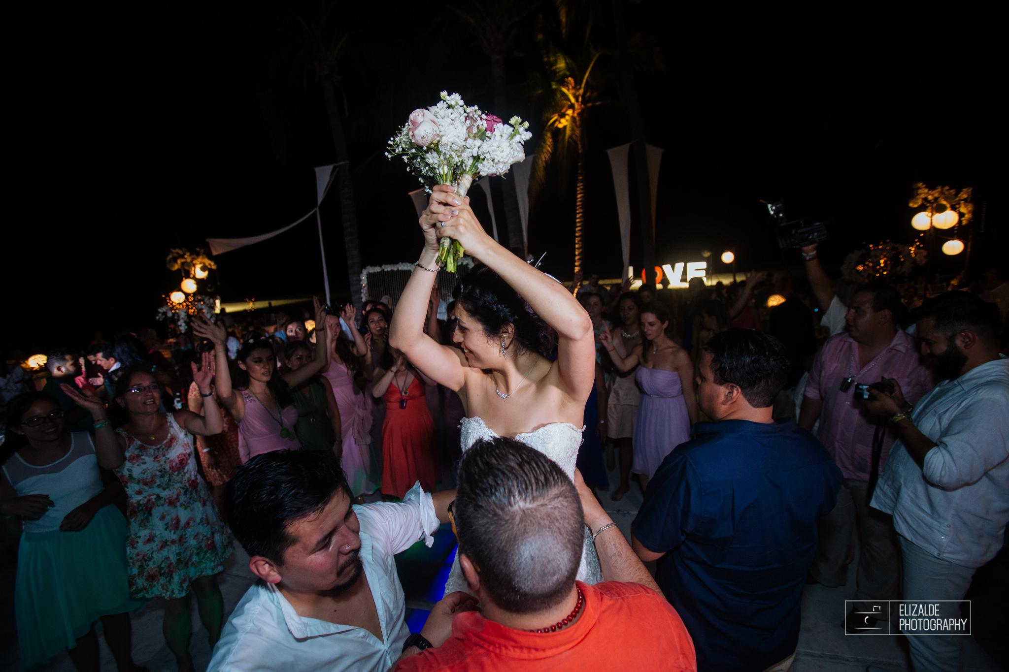 Pay and Ferran_Acapulco_Destination Wedding_Elizalde Photography-174.jpg