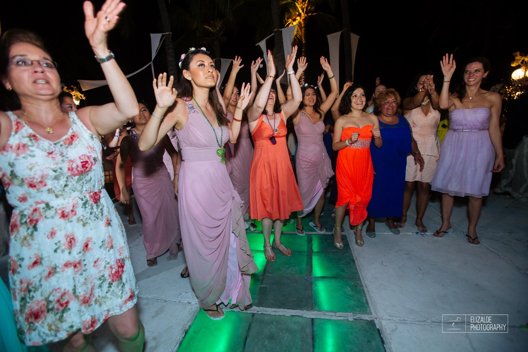 Pay and Ferran_Acapulco_Destination Wedding_Elizalde Photography-175.jpg