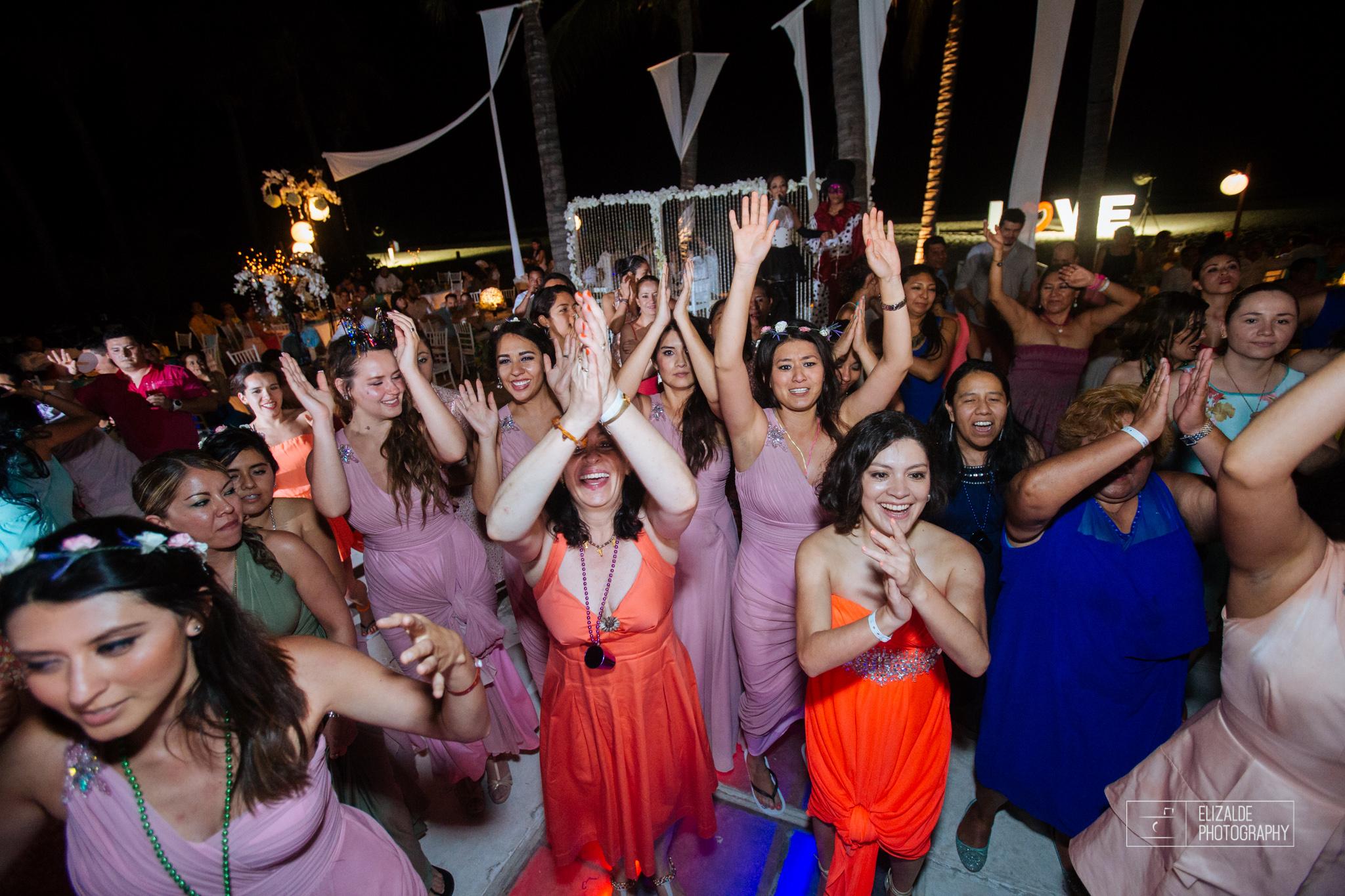 Pay and Ferran_Acapulco_Destination Wedding_Elizalde Photography-176.jpg