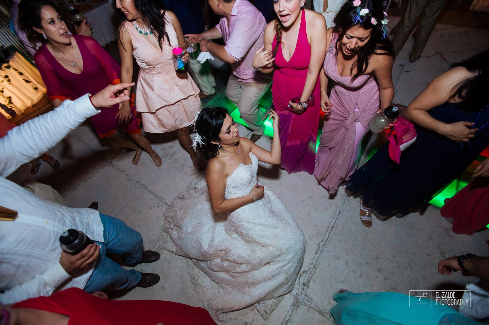Pay and Ferran_Acapulco_Destination Wedding_Elizalde Photography-191.jpg