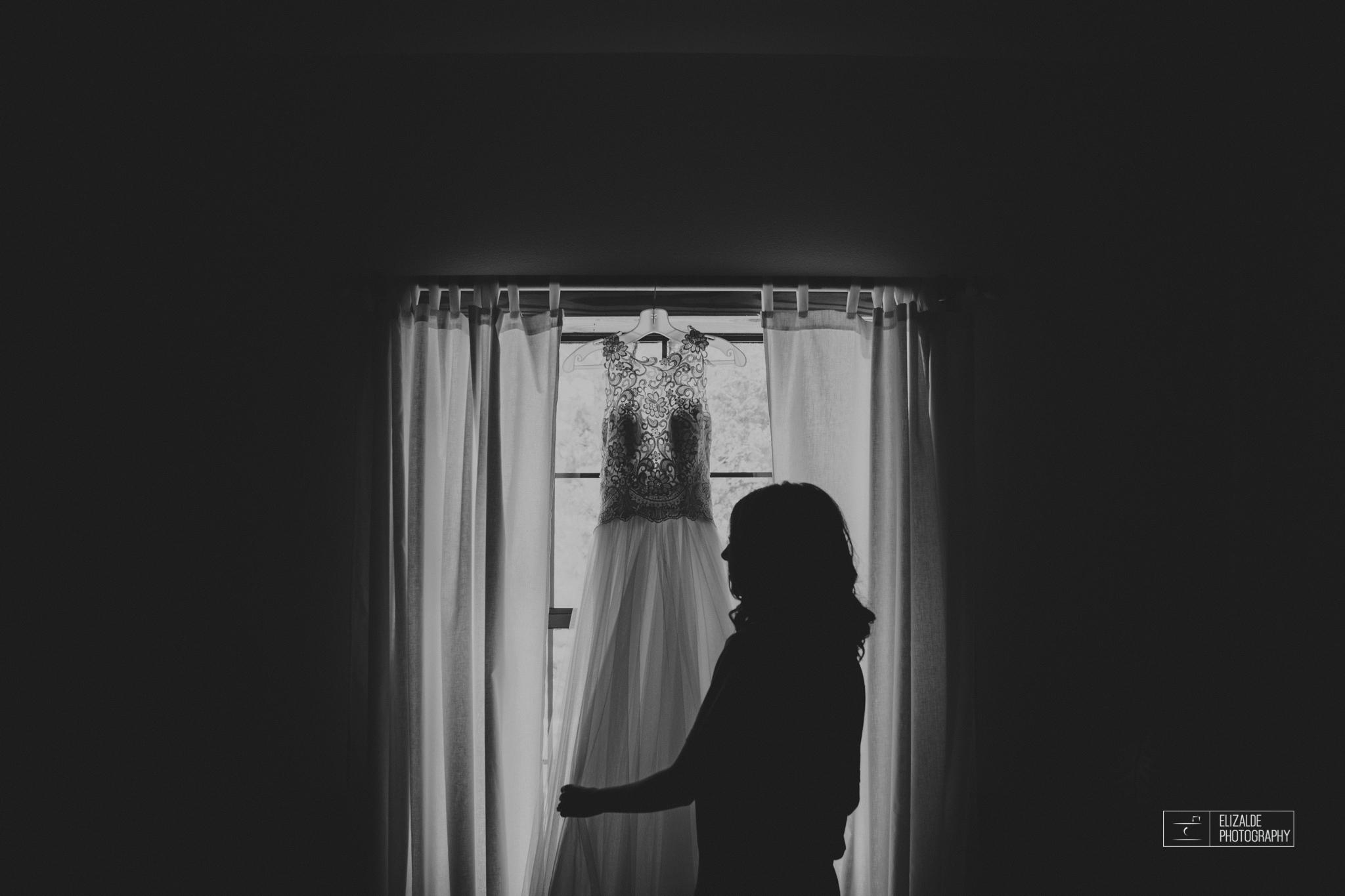 Wedding photographer Dallas_Elizalde Photography_DFW Wedding photographer_ Hickoty Hills_Wedding Photography (14 of 90).jpg