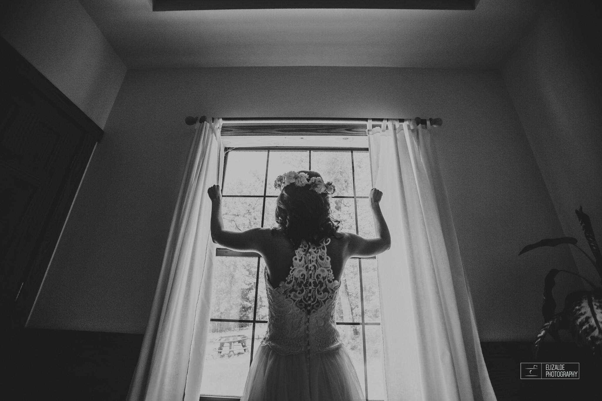 Wedding photographer Dallas_Elizalde Photography_DFW Wedding photographer_ Hickoty Hills_Wedding Photography (21 of 90).jpg
