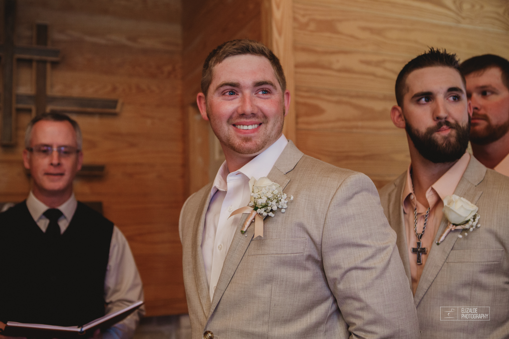 Wedding photographer Dallas_Elizalde Photography_DFW Wedding photographer_ Hickoty Hills_Wedding Photography (34 of 90).jpg