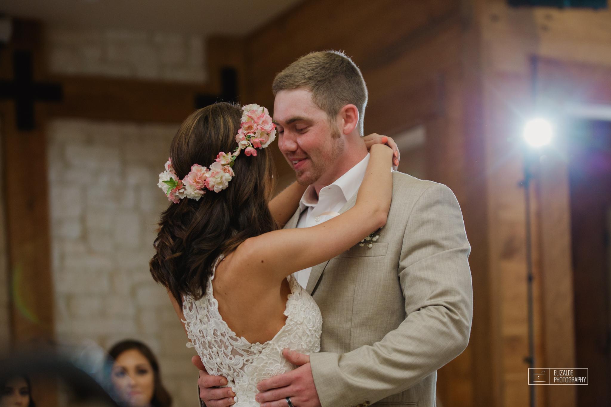 Wedding photographer Dallas_Elizalde Photography_DFW Wedding photographer_ Hickoty Hills_Wedding Photography (59 of 90).jpg