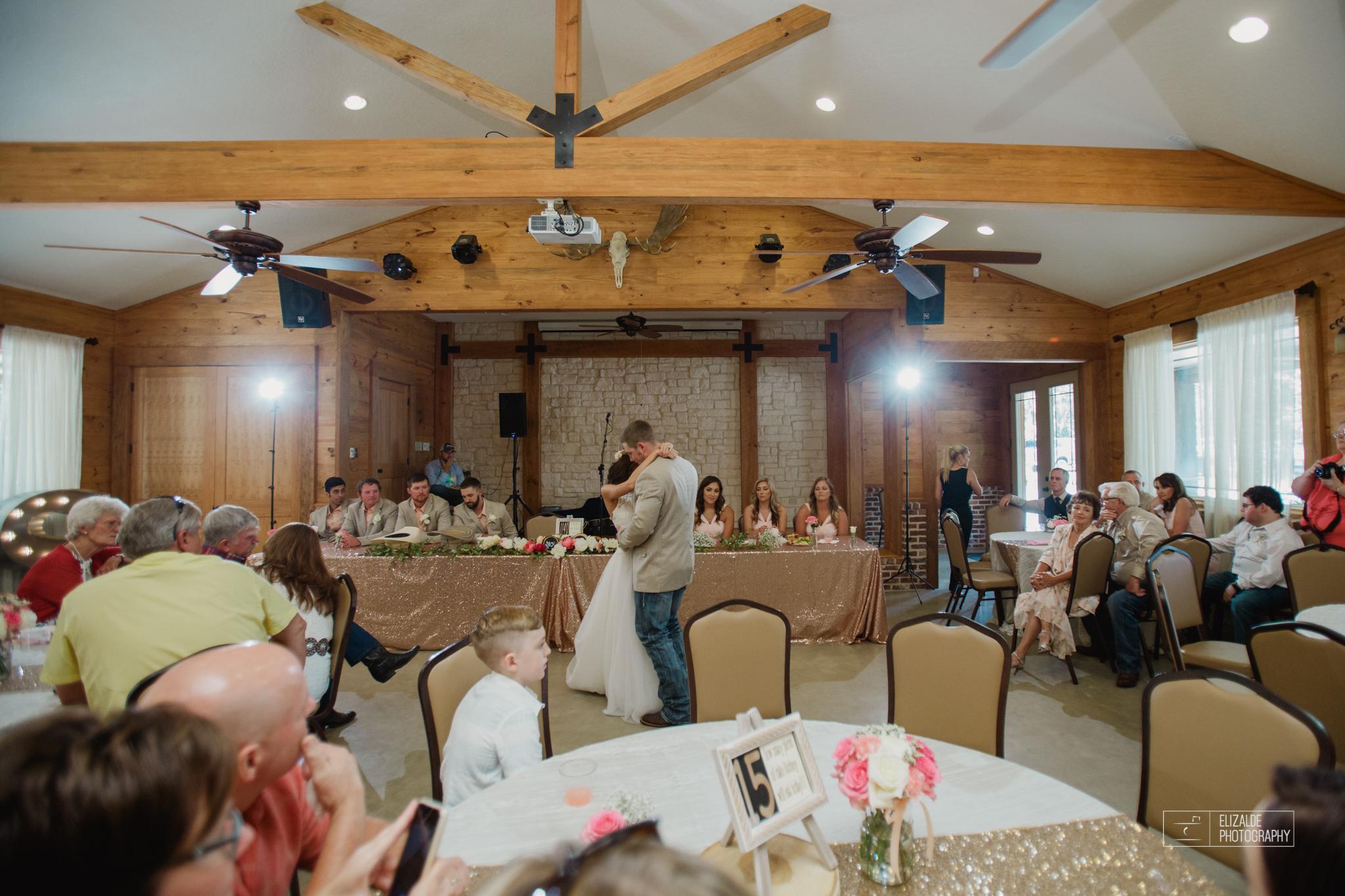 Wedding photographer Dallas_Elizalde Photography_DFW Wedding photographer_ Hickoty Hills_Wedding Photography (61 of 90).jpg