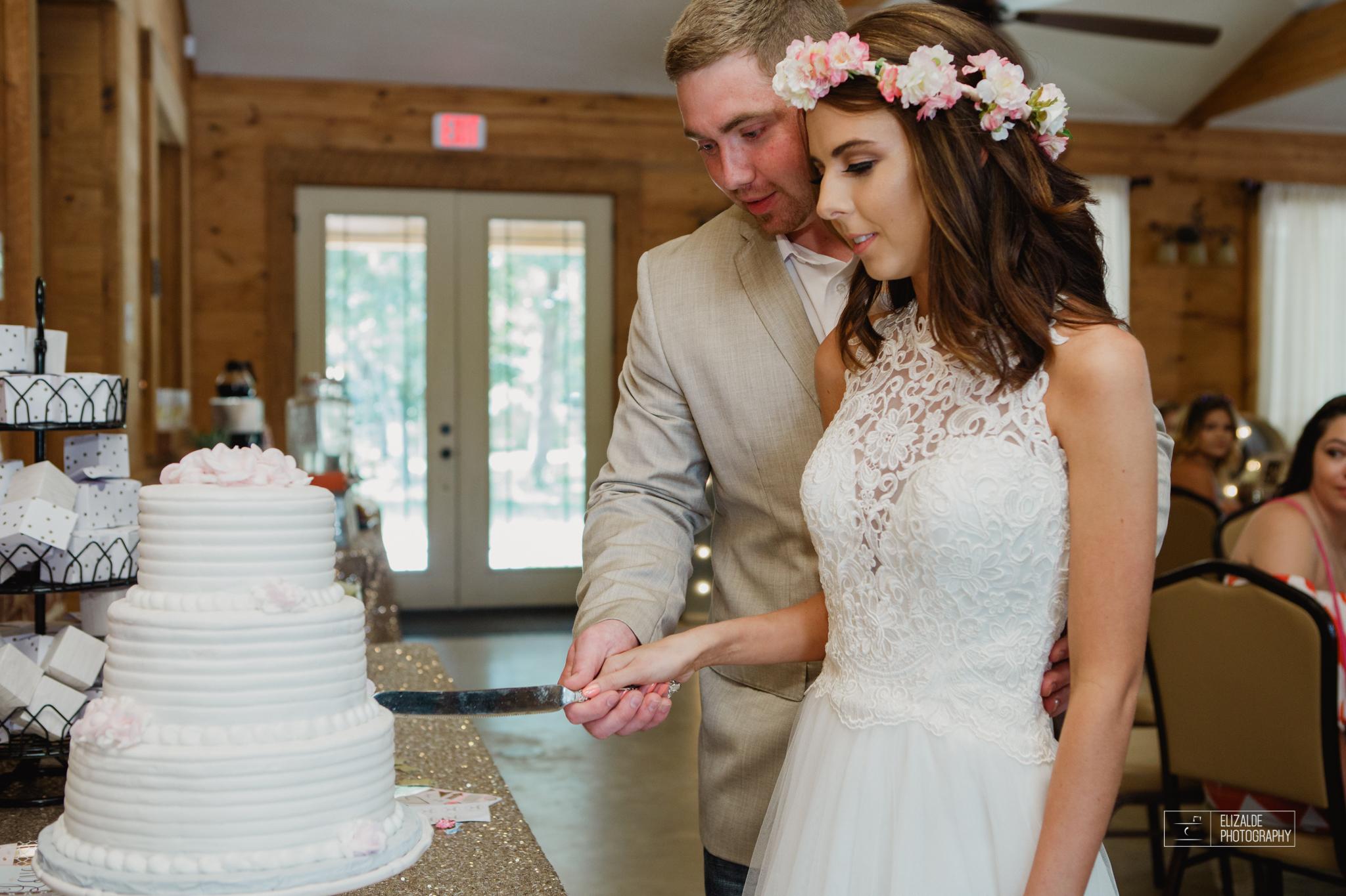 Wedding photographer Dallas_Elizalde Photography_DFW Wedding photographer_ Hickoty Hills_Wedding Photography (70 of 90).jpg