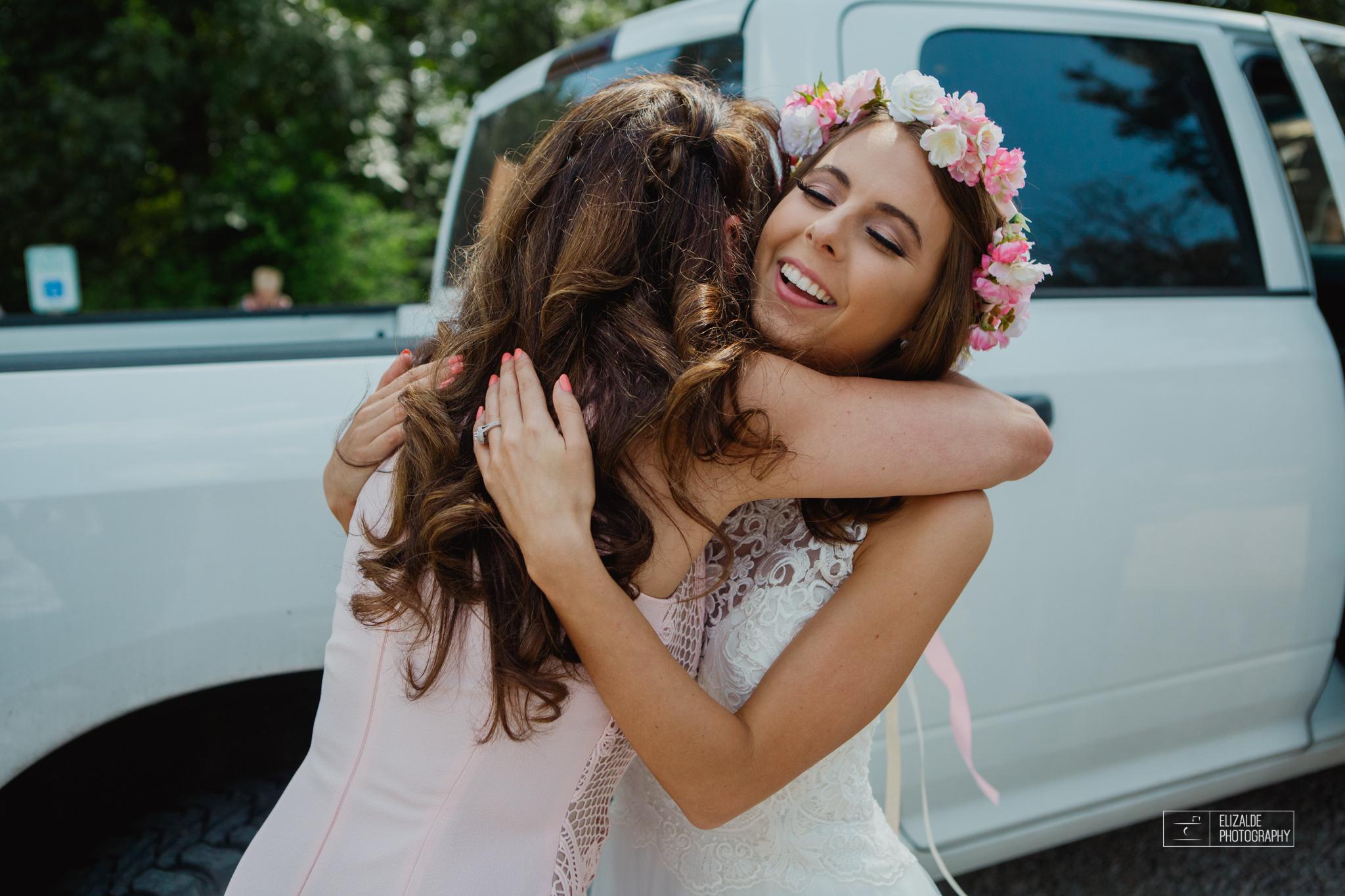 Wedding photographer Dallas_Elizalde Photography_DFW Wedding photographer_ Hickoty Hills_Wedding Photography (87 of 90).jpg