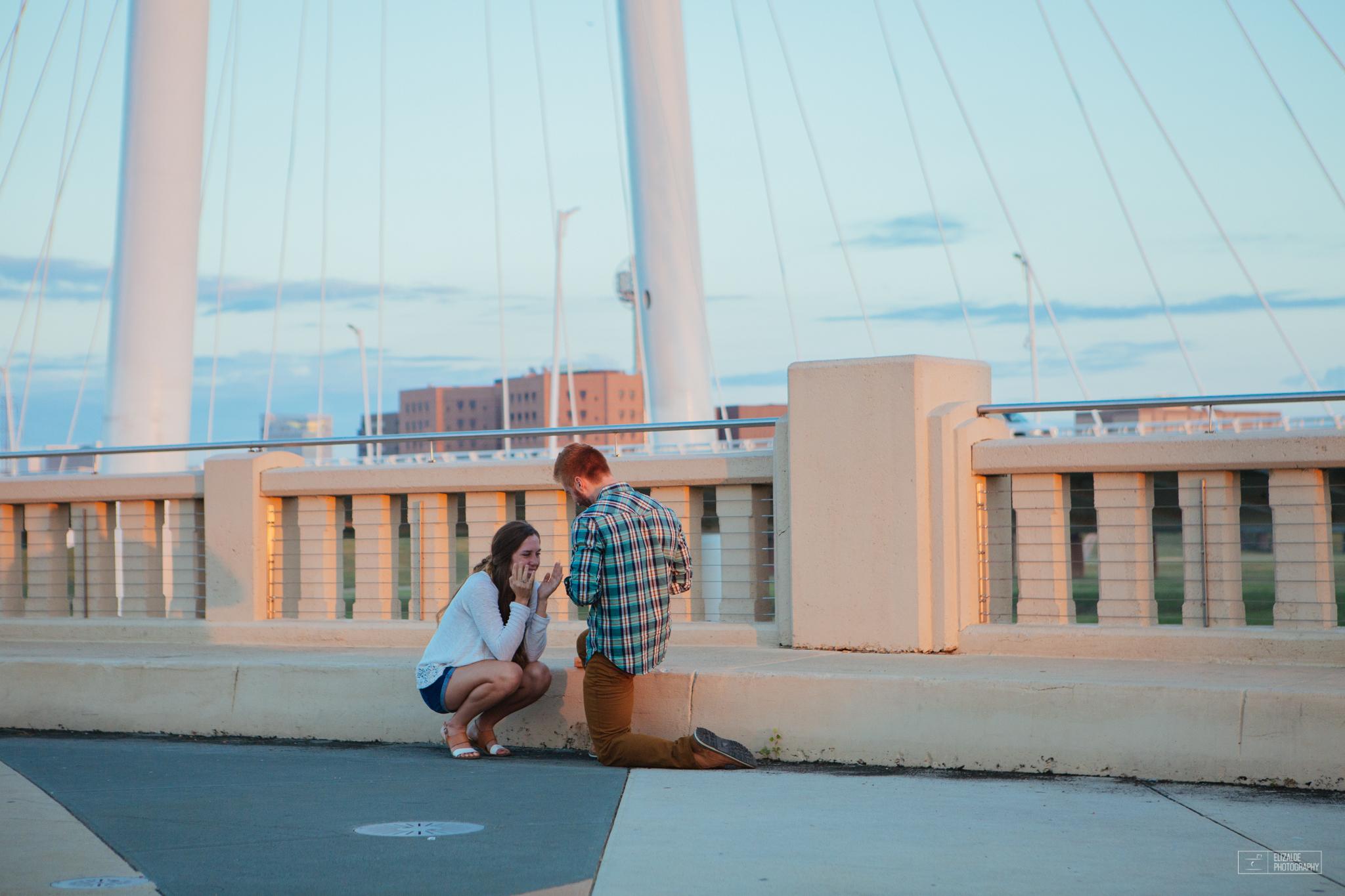 Proposal_DFW Wedding Photographer_Dallas Photographer_Elizalde Photography_margaret hunt hill bridge (4 of 21).jpg