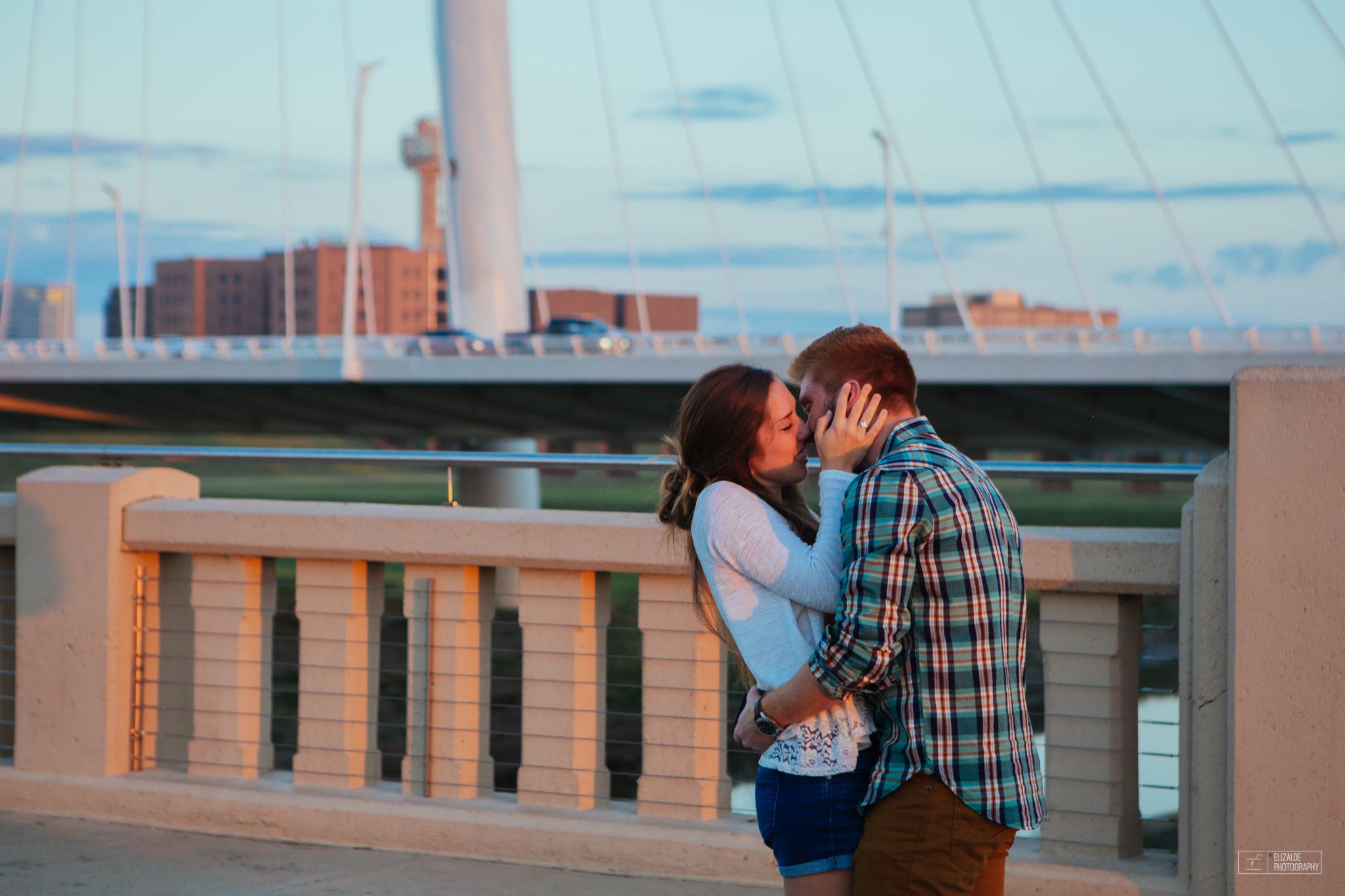 Proposal_DFW Wedding Photographer_Dallas Photographer_Elizalde Photography_margaret hunt hill bridge (9 of 21).jpg